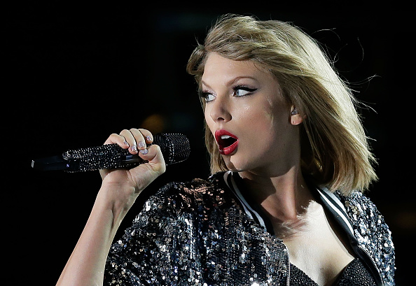 Taylor Swift performs during her '1989' World Tour at ANZ Stadium on November 28, 2015 in Sydney, Australia