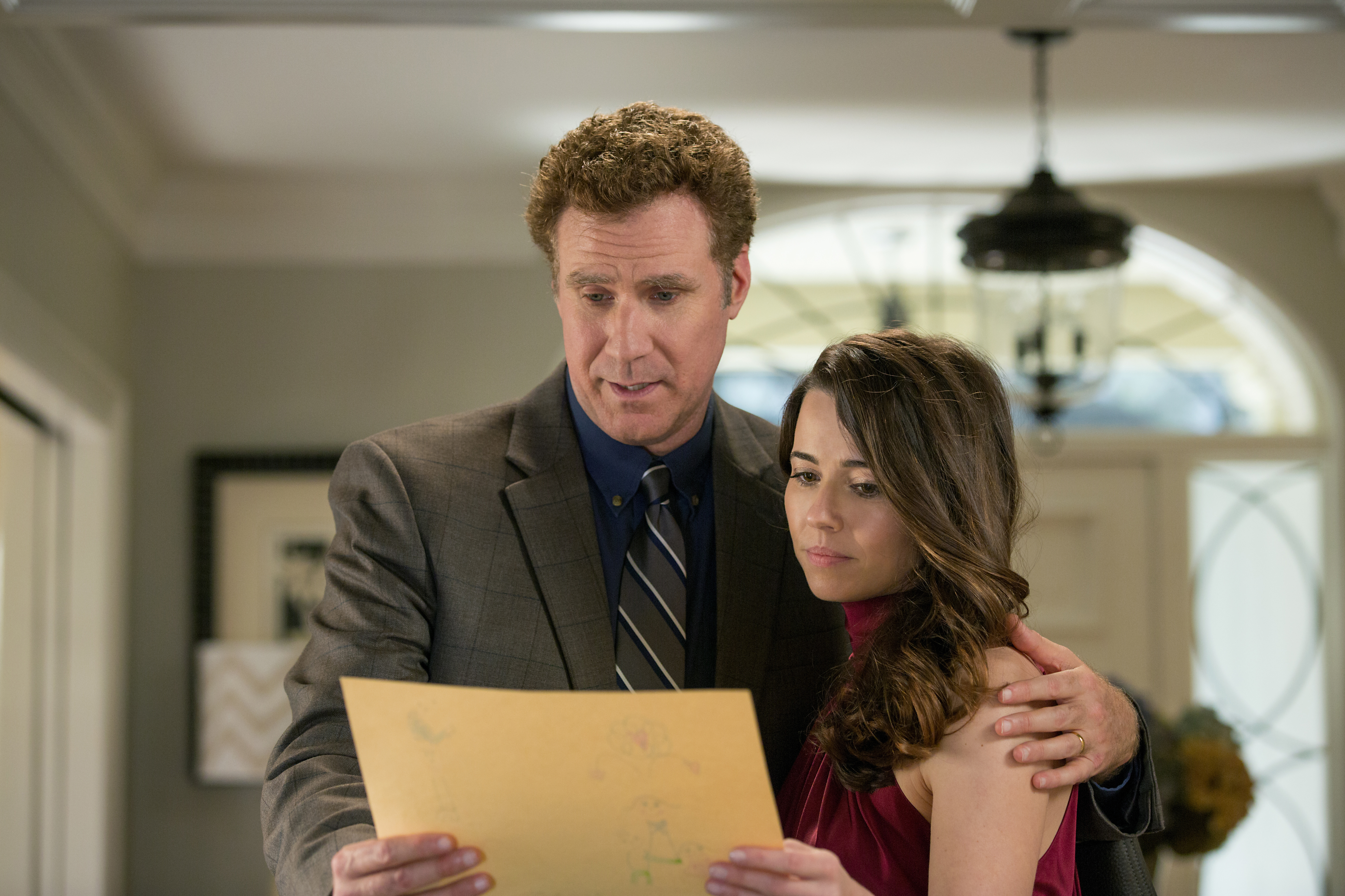 From left: Will Ferrell and Linda Cardellini in Daddy's Home.