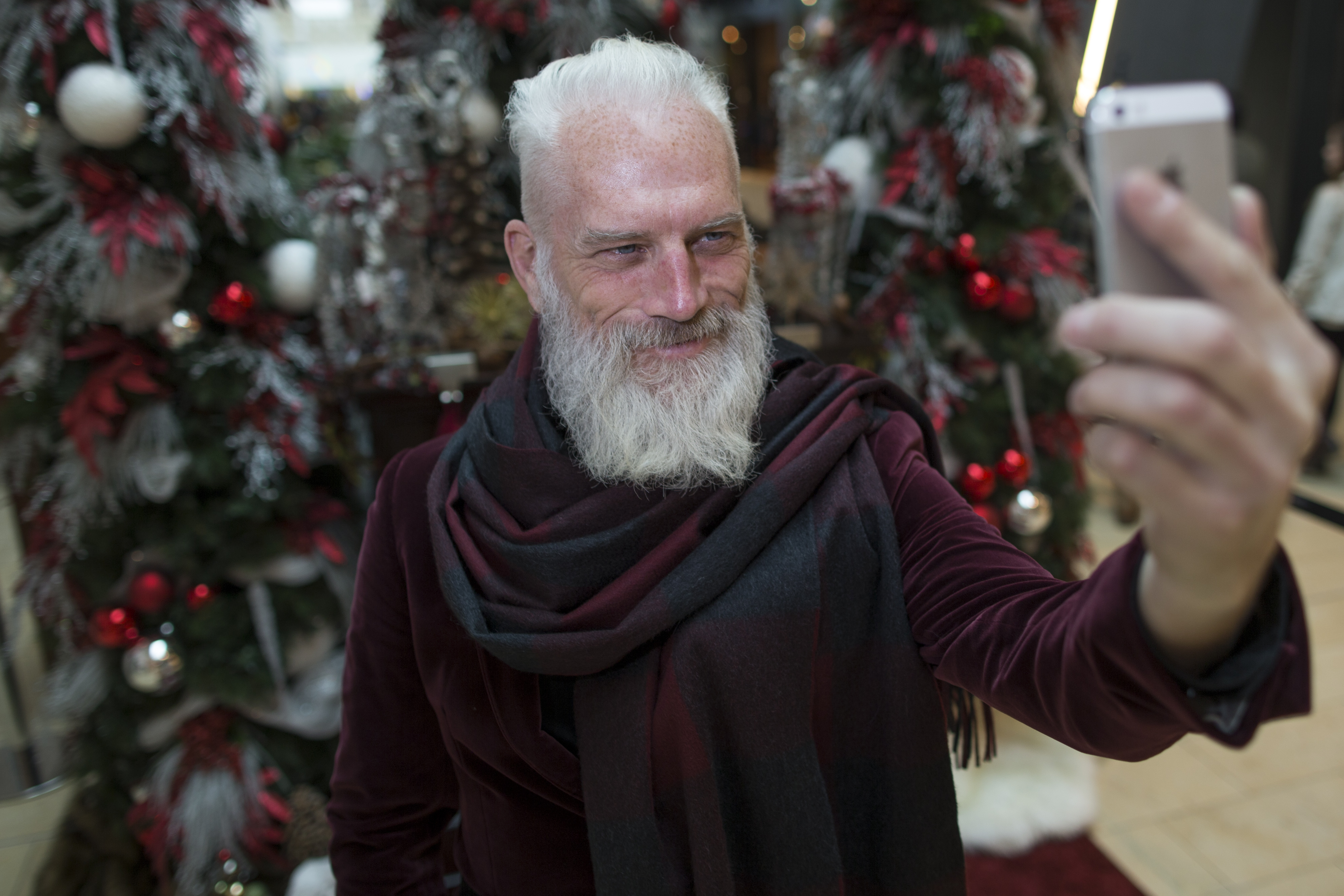 Fashion Santa, Paul Mason, will be working the holiday season at Yorkdale Mall where he will take selfies with mall patrons.  All proceeds will go to charity.