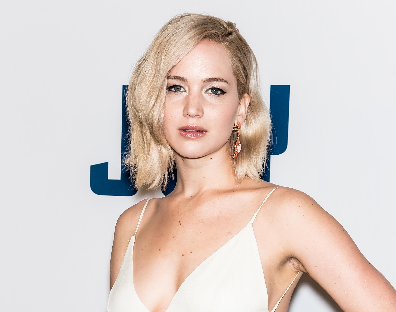 Jennifer Lawrence attends the 'Joy' New York premiere at Ziegfeld Theater on Dec. 13, 2015 in New York City.