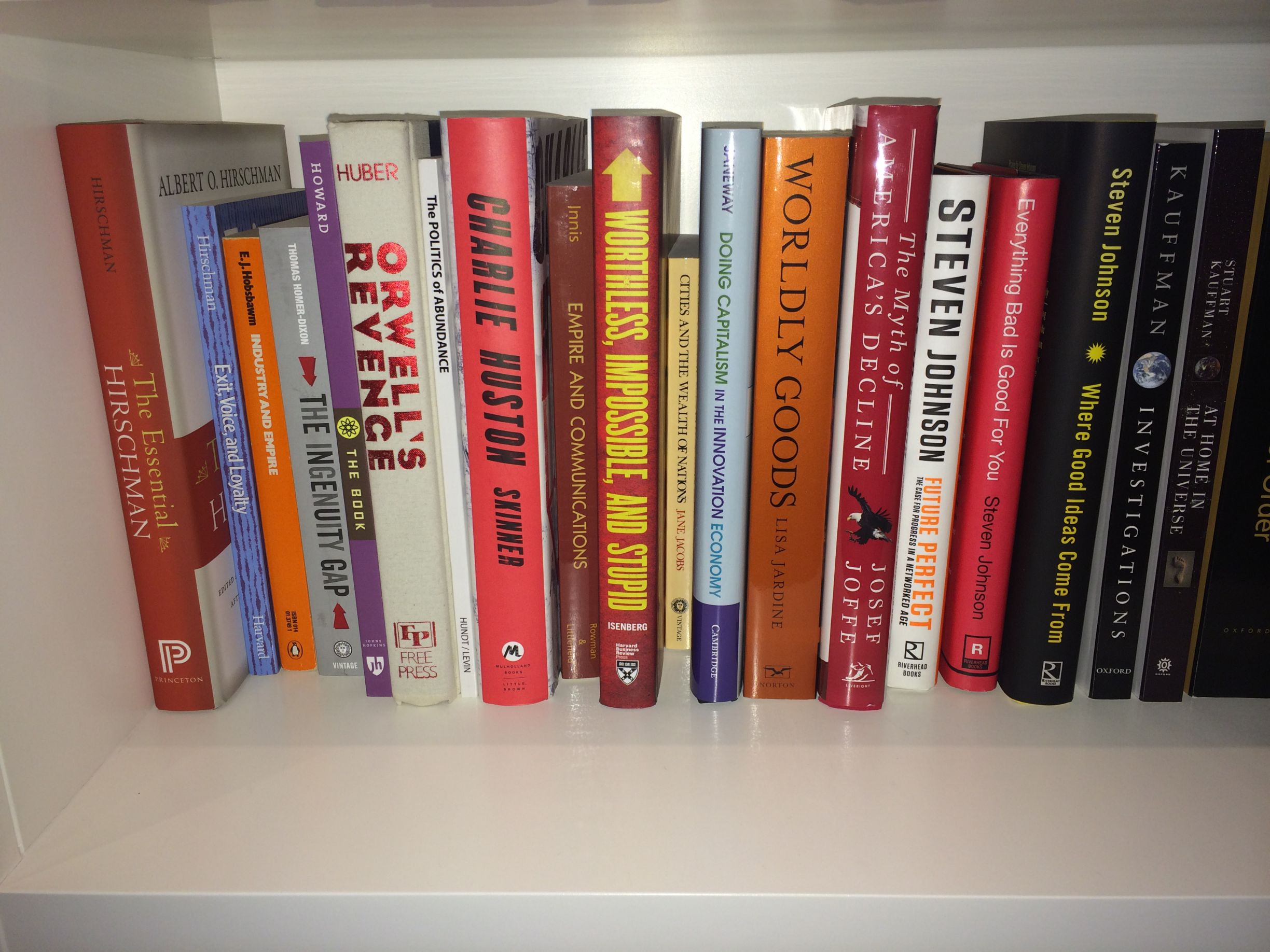 Some noted early adopters, such as investor Marc Andreessen, have uploaded pictures of their bookshelves.