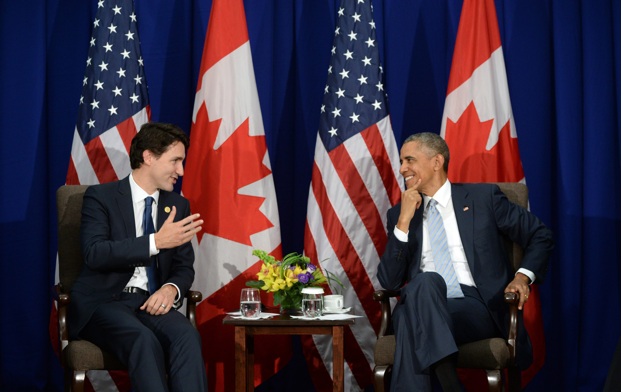 Canada's Prime Minister Justin Trudeau, left, takes part in a bilateral meeting with U.S. President Barack Obama at the APEC Summit in Manila on Nov. 19, 2015.