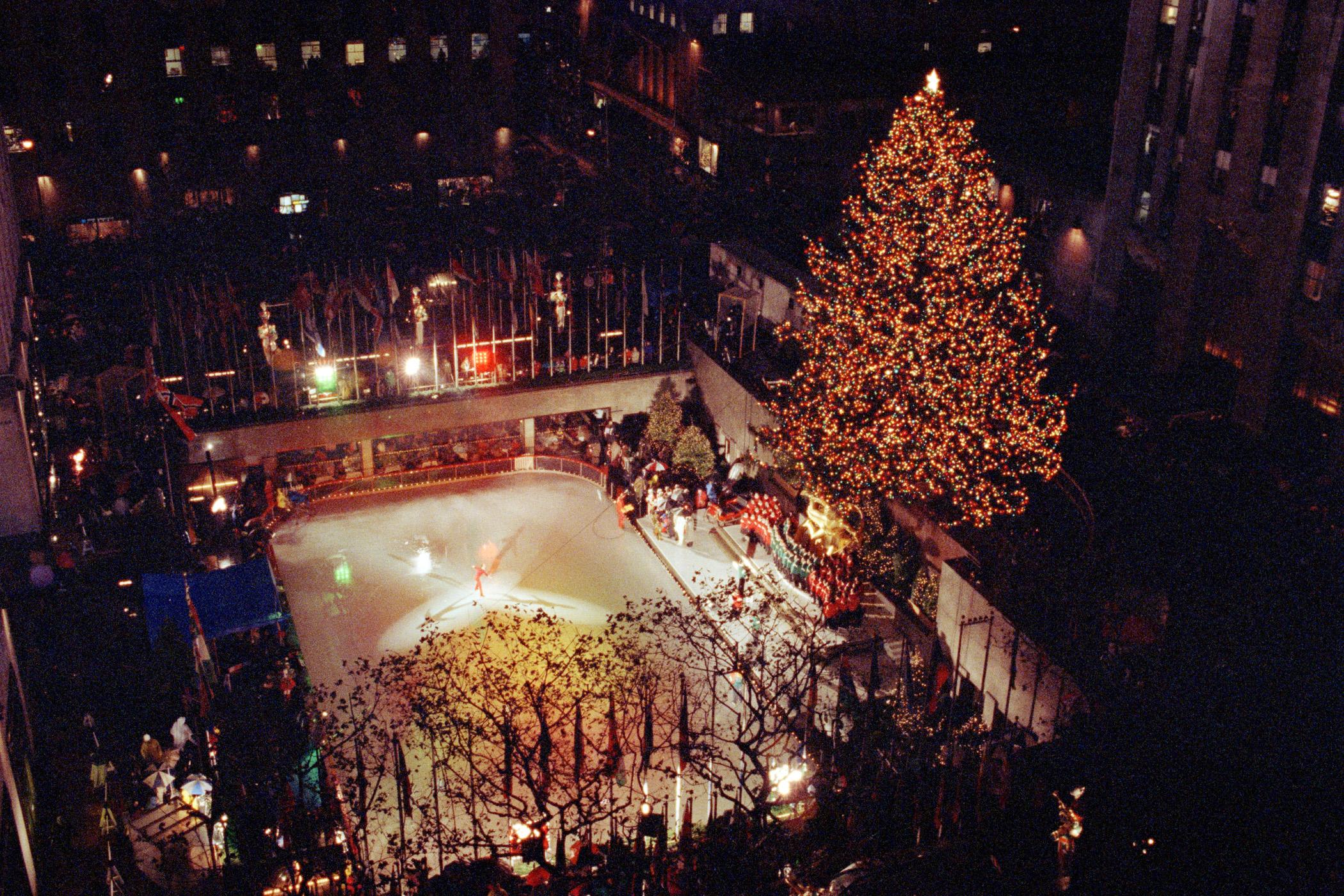 1991 Rockefeller Center Tree