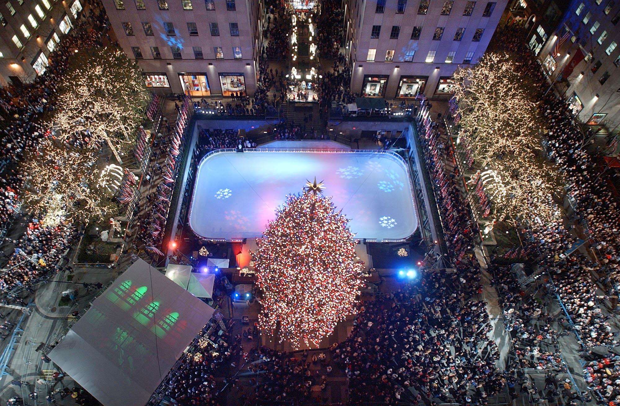 2001 Rockefeller Center Tree