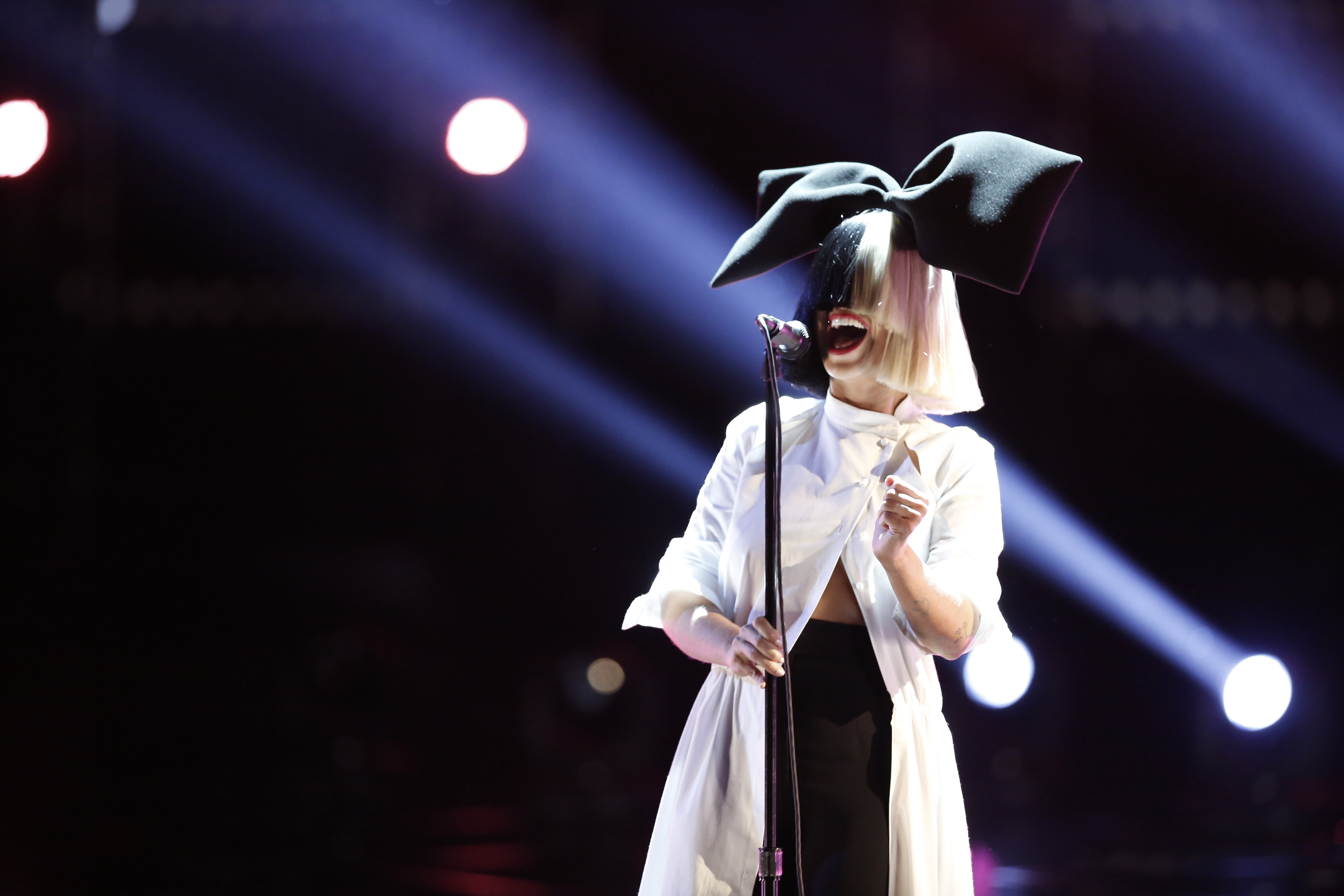 Sia on  The Voice .