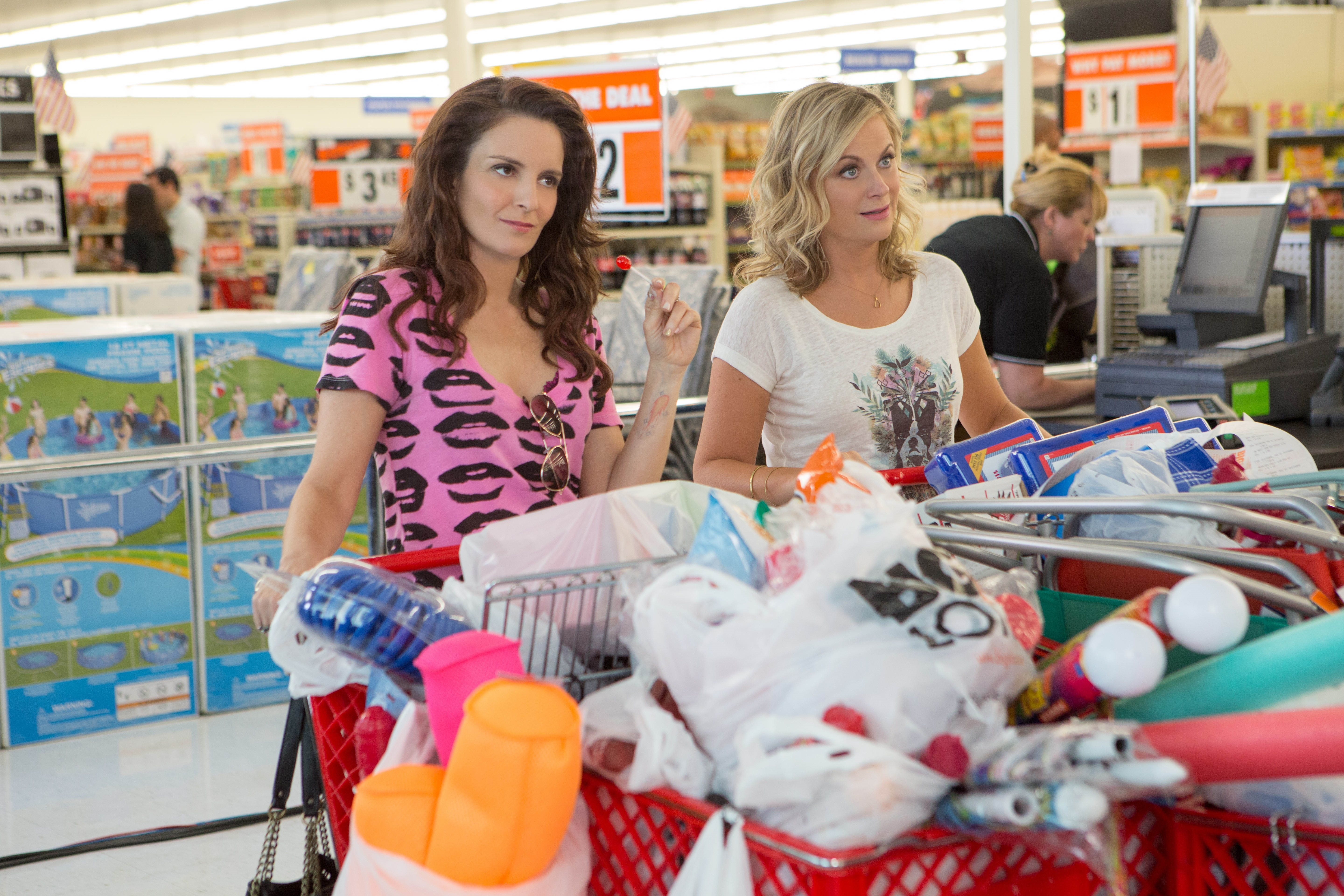 Tina Fey and Amy Poehler in Sisters.