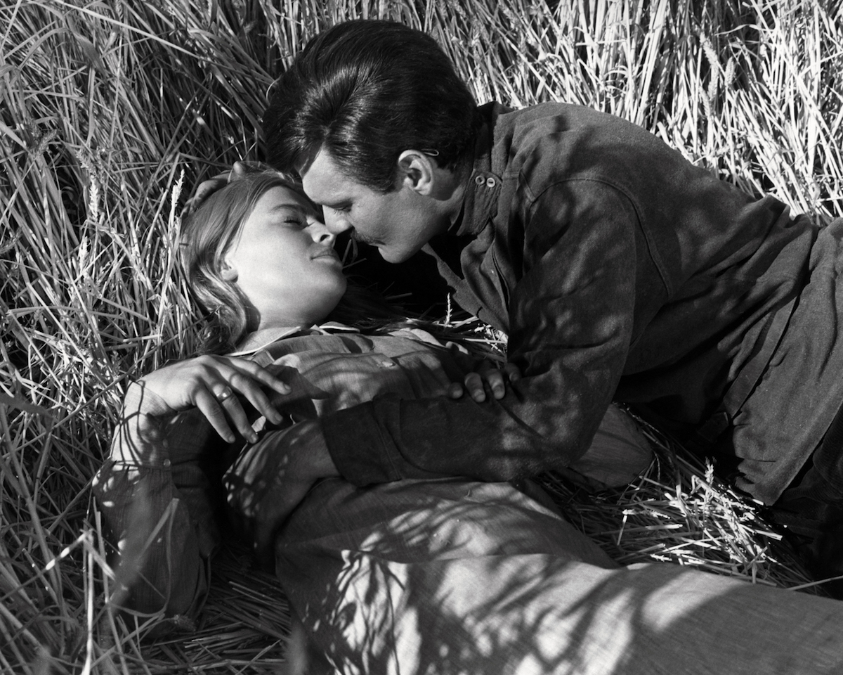 Egyptian actor Omar Sharif, as Doctor Yuri Zhivago, and English actress Julie Christie as Lara Antipova, in 'Doctor Zhivago', directed by David Lean, 1965.
