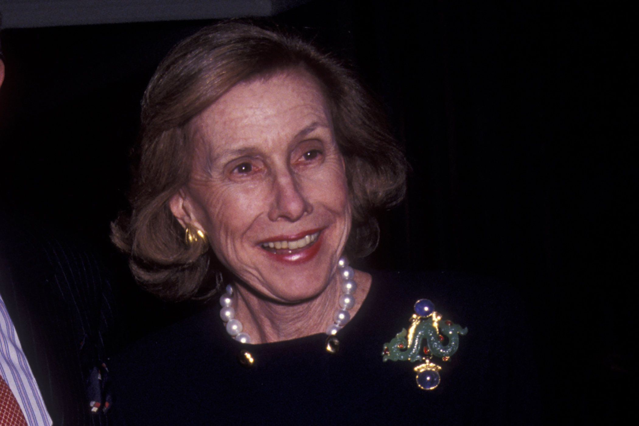 Anne Cox Chambers attends 38th Annual Winter Antiques Show on January 17, 1992 at Seventh Regiment Armory in New York City.
