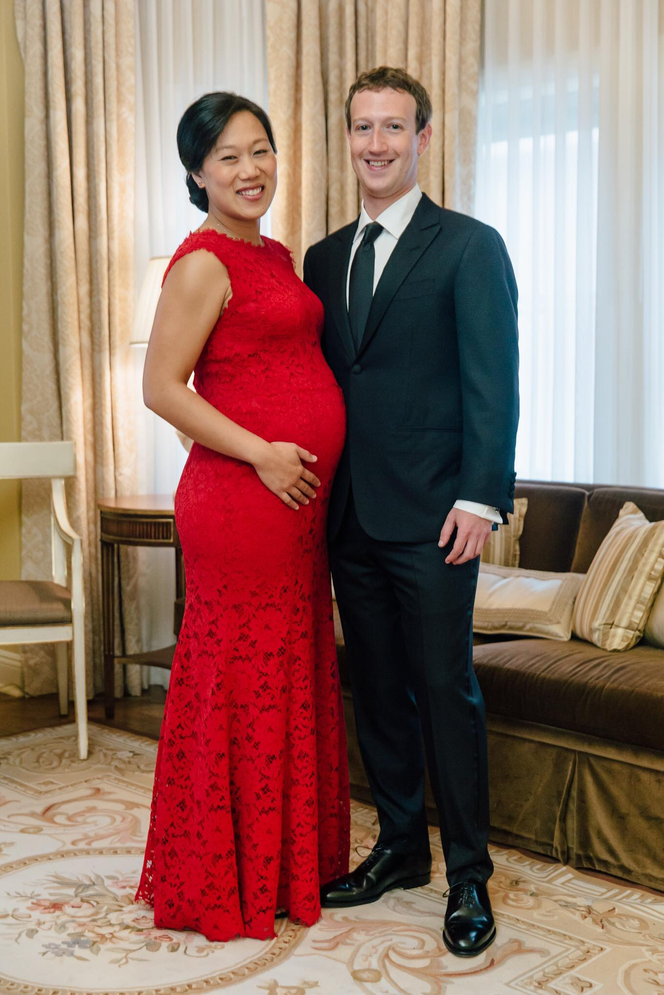 September 25, 2015 Priscilla and I are attending tonight's state dinner for Chinese President Xi Jinping. Here's a photo before we head to the White House. — with Priscilla Chan.
