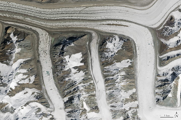 M: The Operational Land Imager (OLI) on Landsat 8 captured this image of glaciers in the Tian Shan mountains in northeastern Kyrgyzstan on Aug. 14, 2015.