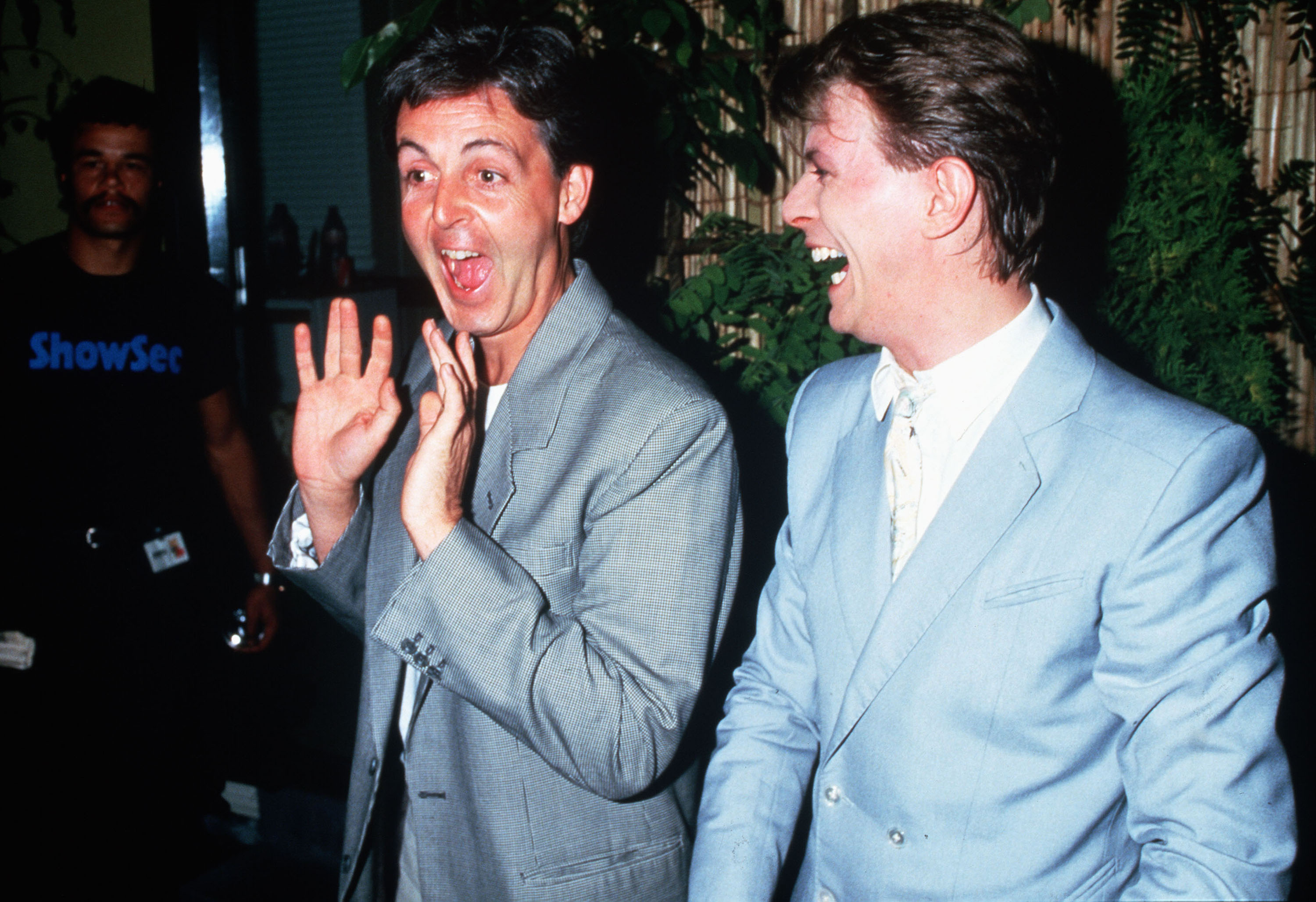Paul McCartney and David Bowie backstage at Live Aid on July 13, 1985 in London.