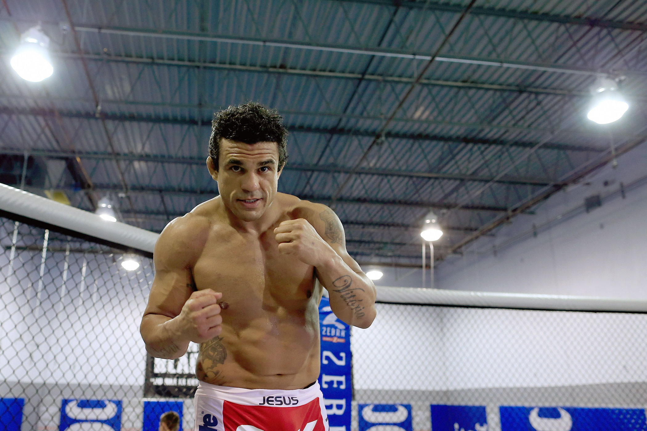 Fighter Vitor Belfort, seen during a workout, has endorsed neurosurgeon Ben Carson.