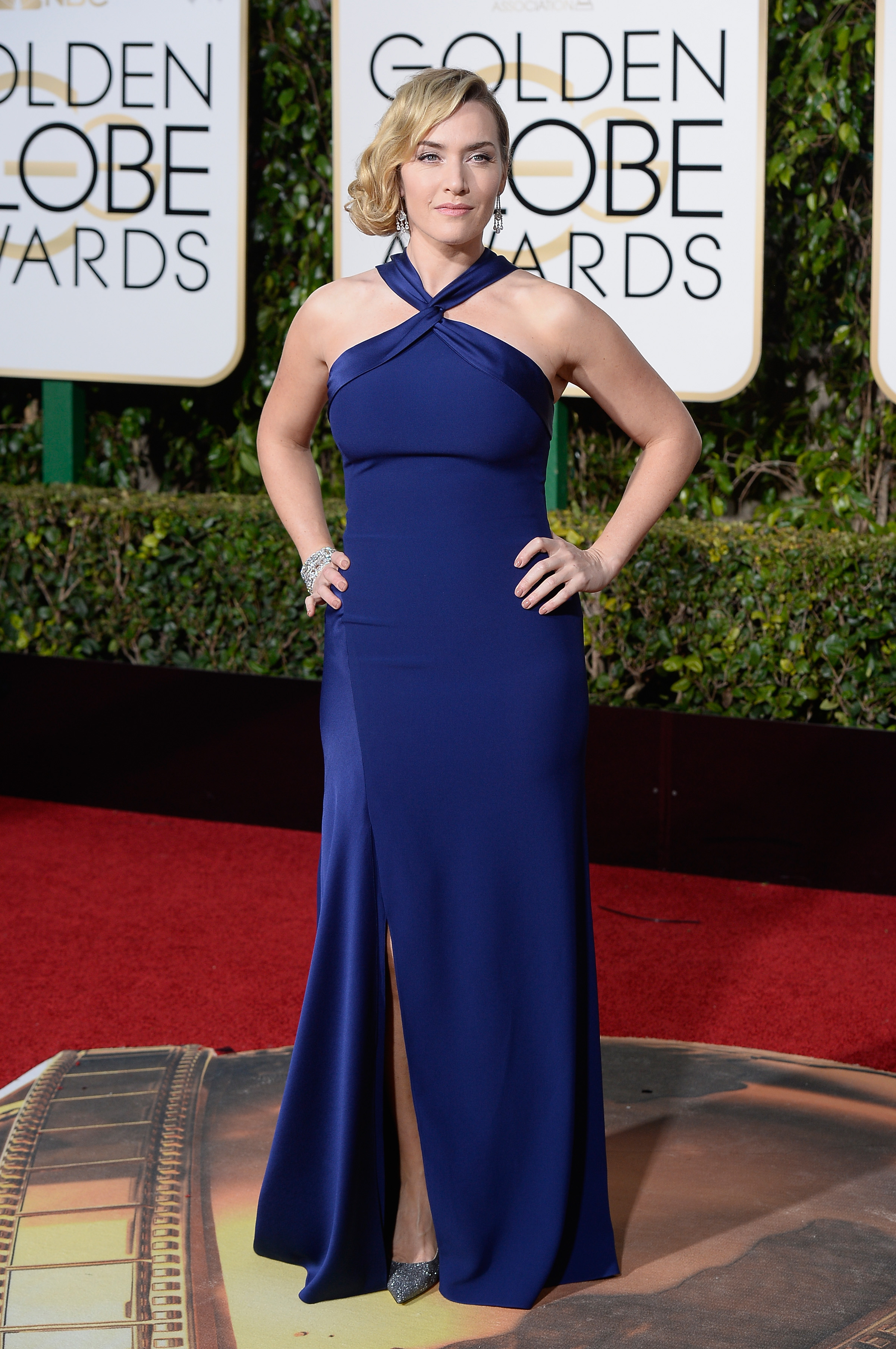 Kate Winslet arrives to the 73rd Annual Golden Globe Awards on Jan. 10, 2016 in Beverly Hills.