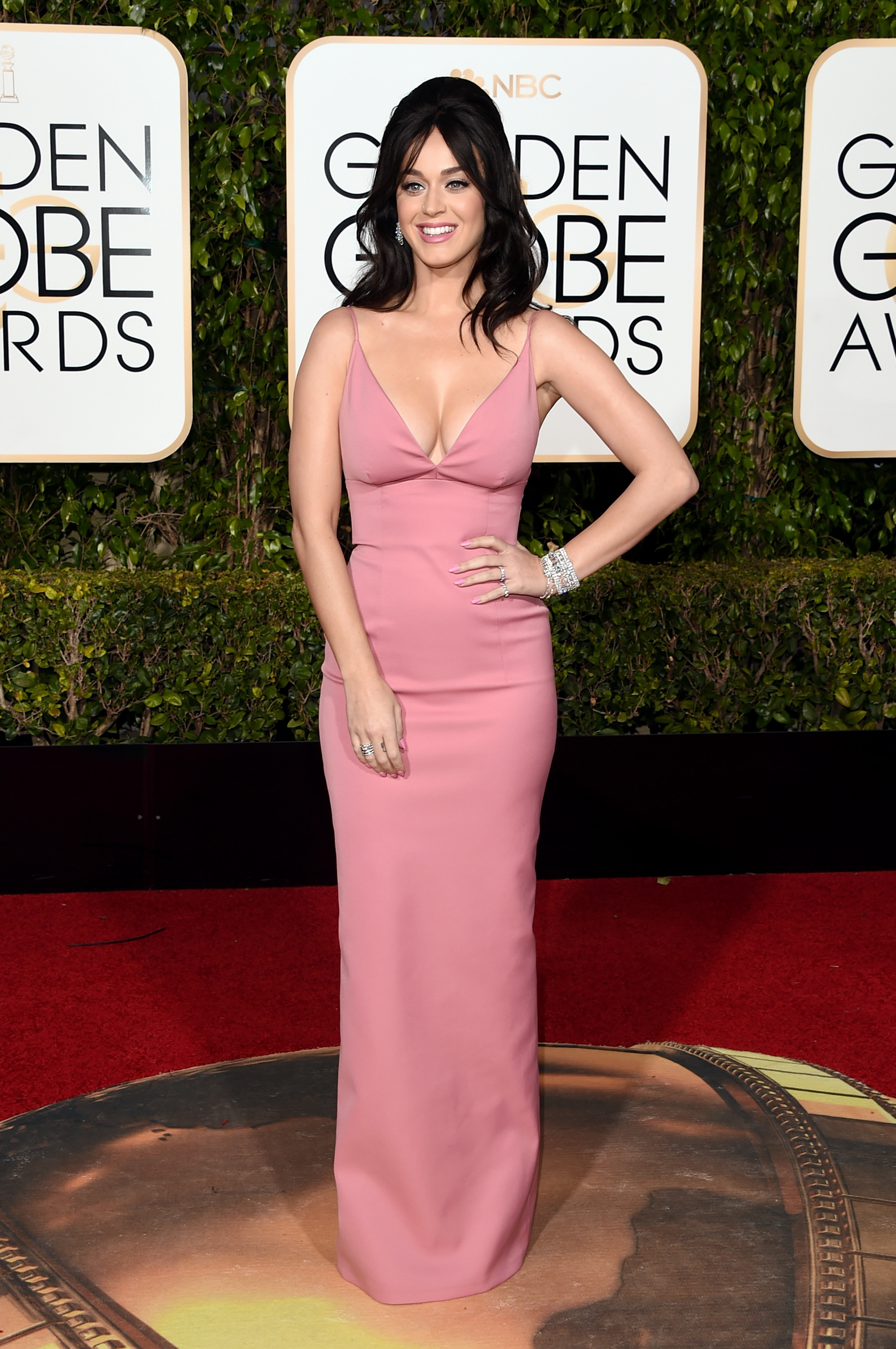 Katy Perry arrives to the 73rd Annual Golden Globe Awards on Jan. 10, 2016 in Beverly Hills.