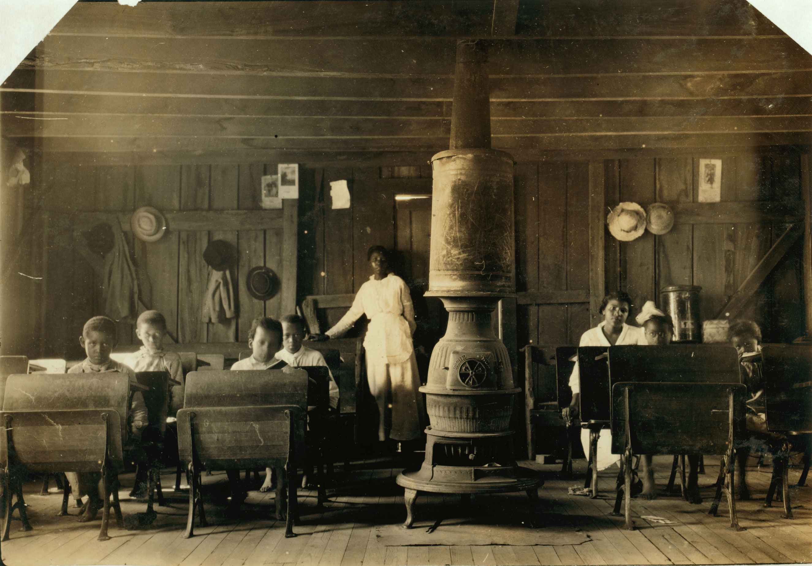 Colored School at Anthoston. Census 27, enrollment 12, attendance 7. Teacher expects 19 to be enrolled after work is over.  Tobacco keeps them out and they are short of hands.  Sept. 1916. Henderson County, Kentucky.