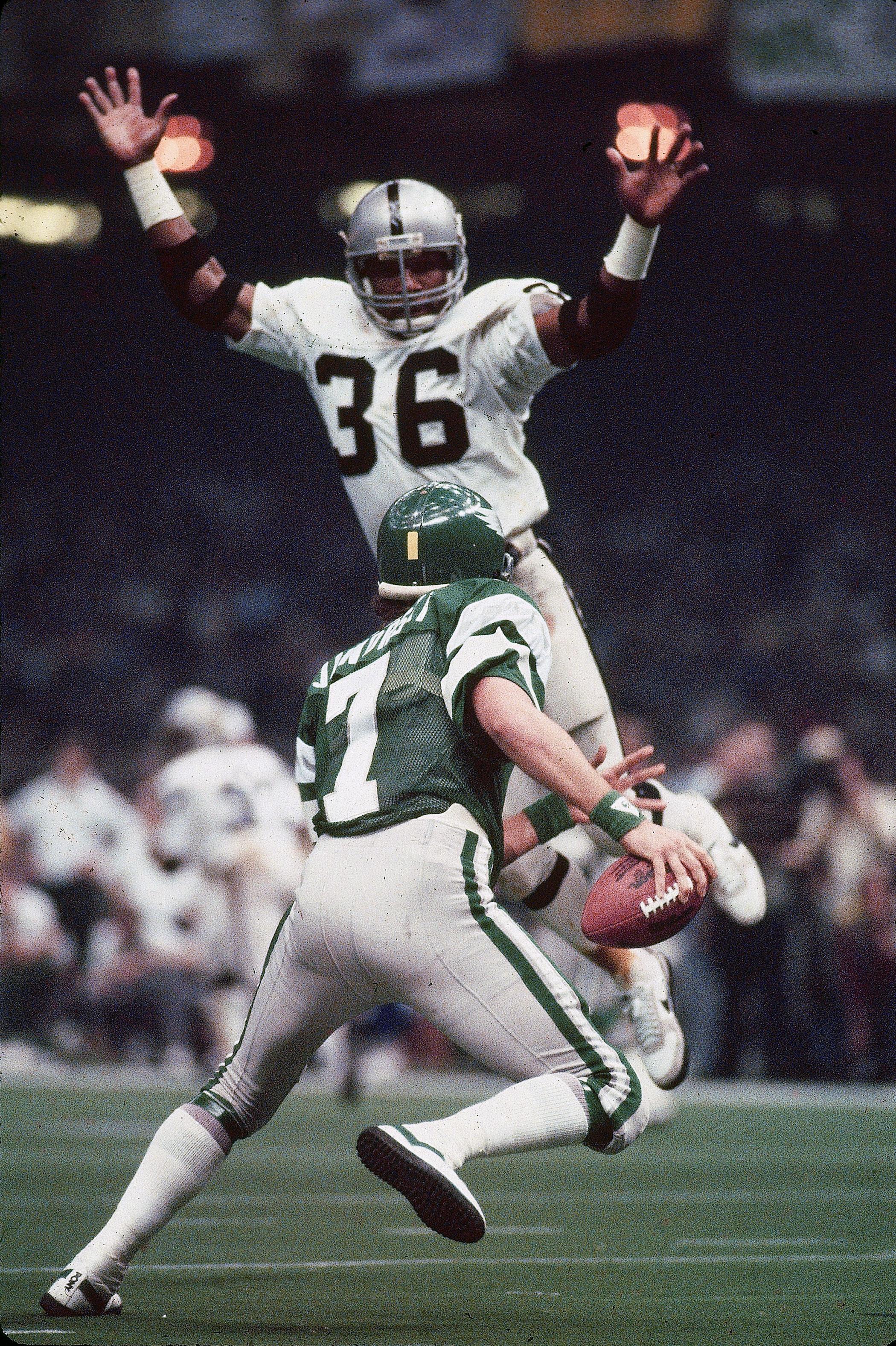 Super Bowl XV, Jan. 25, 1981                               Philadelphia Eagles vs Oakland Raiders in New Orleans