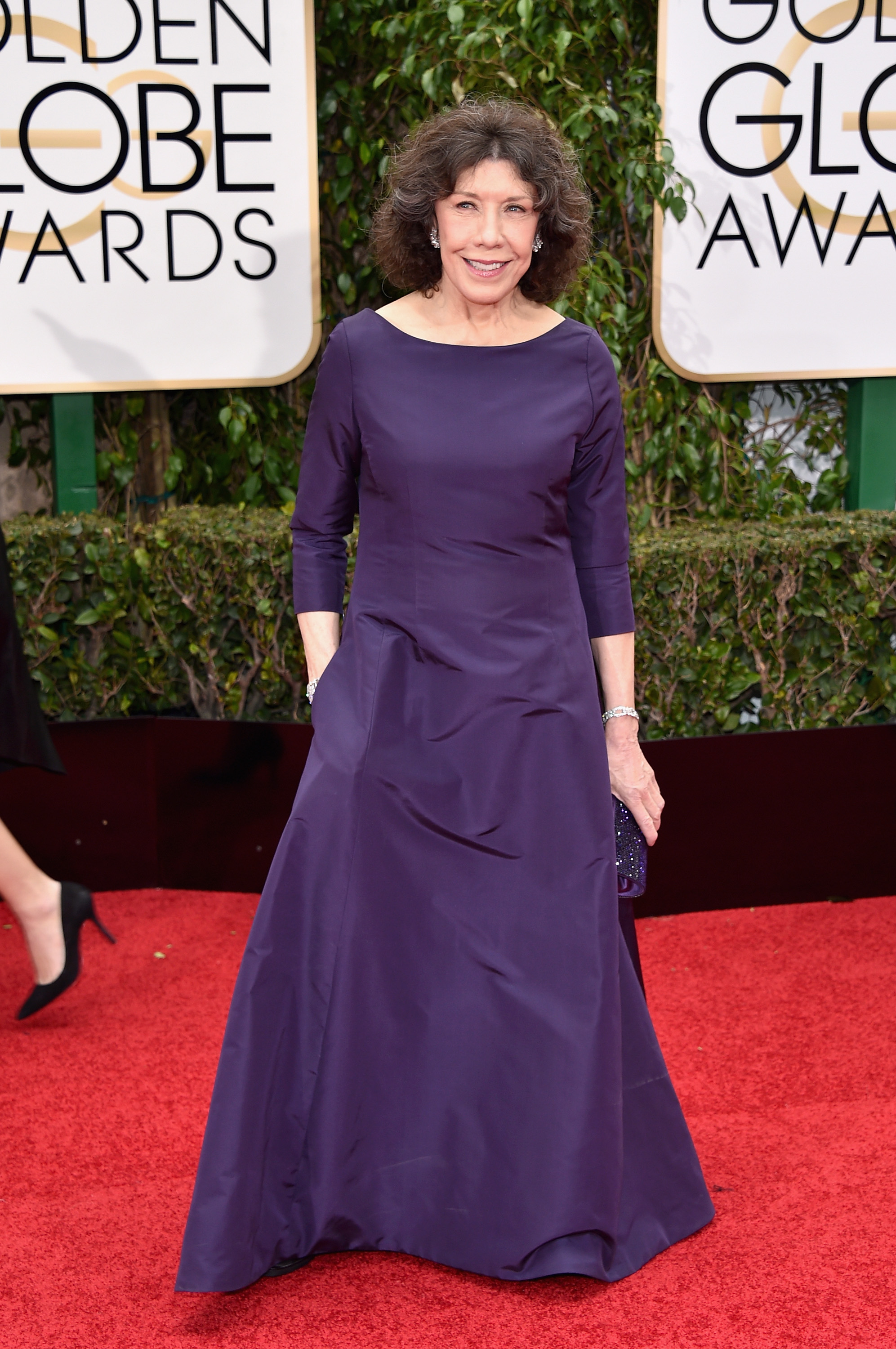 Lily Tomlin arrives to the 73rd Annual Golden Globe Awards on Jan. 10, 2016 in Beverly Hills.