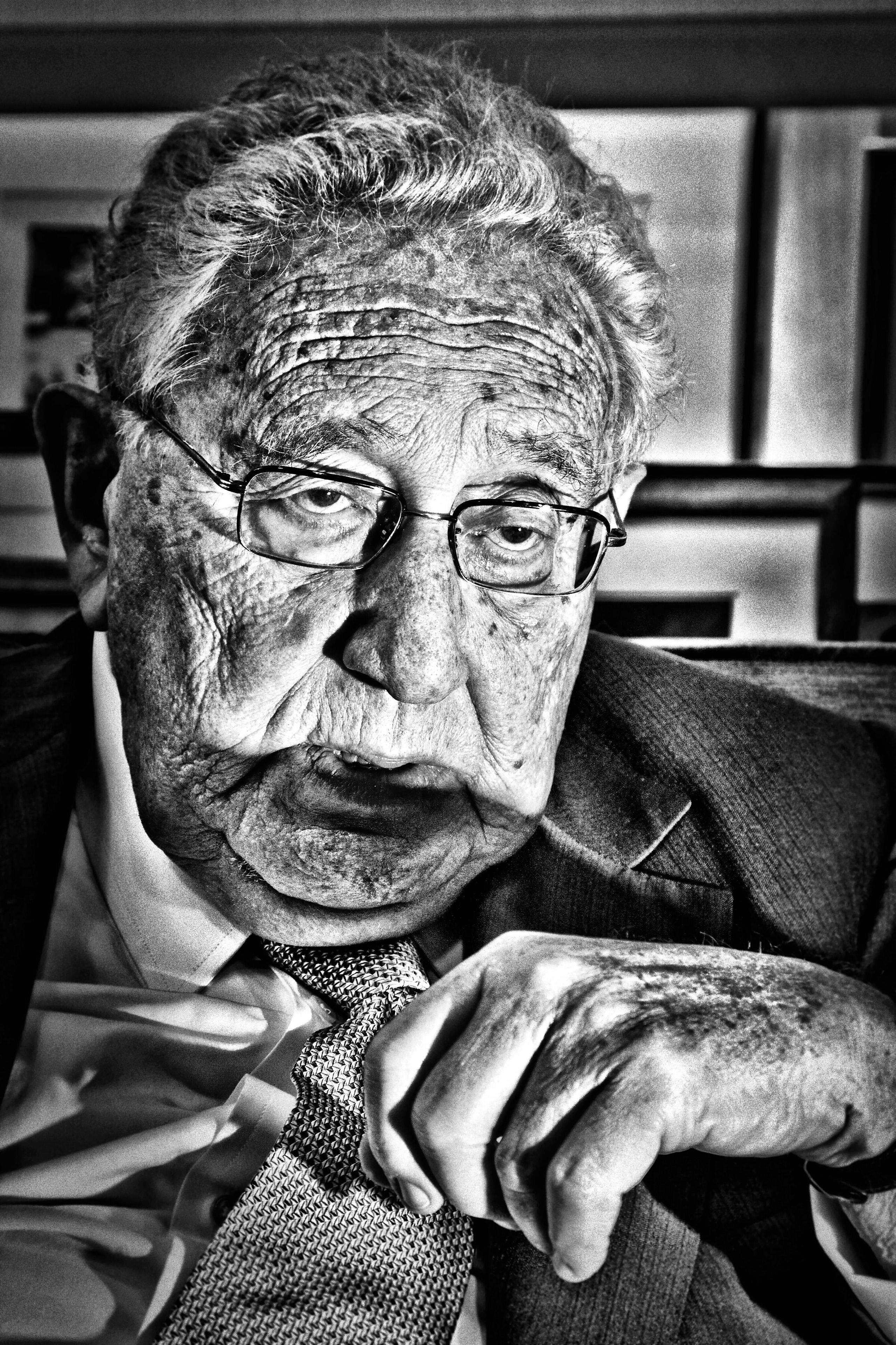 Former Secretary of State and Nobel Peace prize winner Dr. Henry Kissinger in his office at Kissinger Associates on Park Ave.