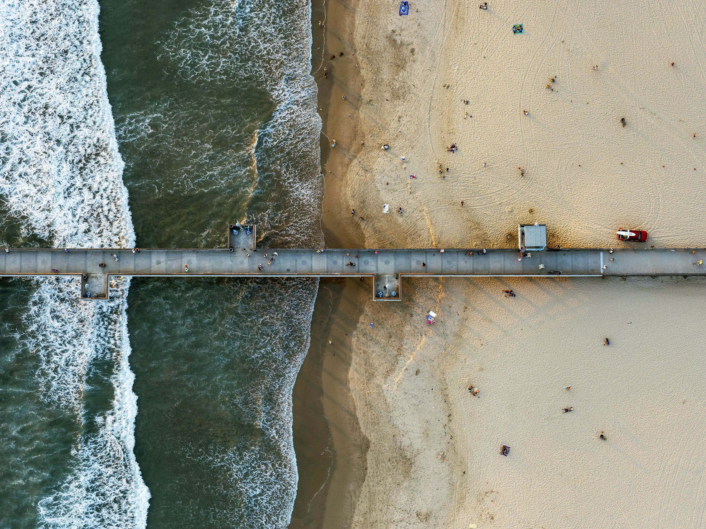 Venice Beach fishing pier, Los Angeles