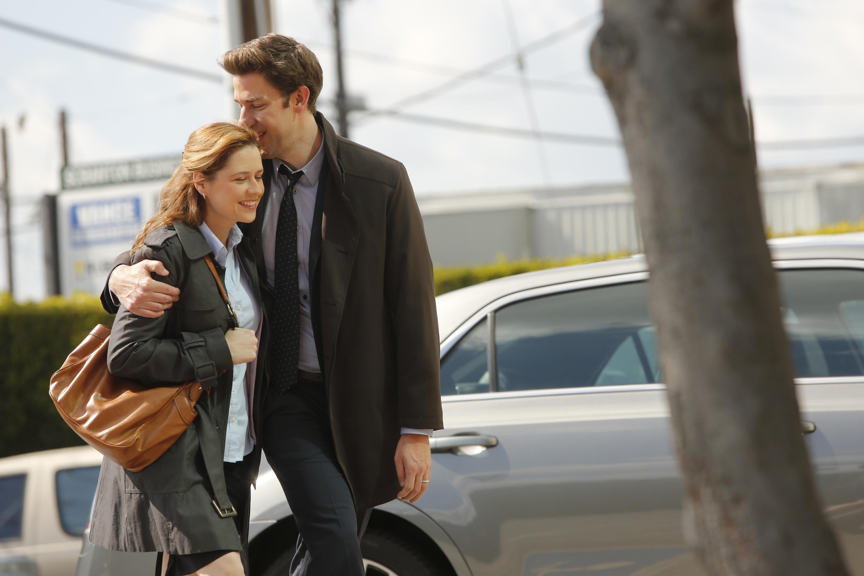THE OFFICE --  Livin' The Dream  Episode 921 -- Pictured: (l-r) Jenna Fischer as Pam Beesly Halpert, John Krasinski as Jim Halpert/