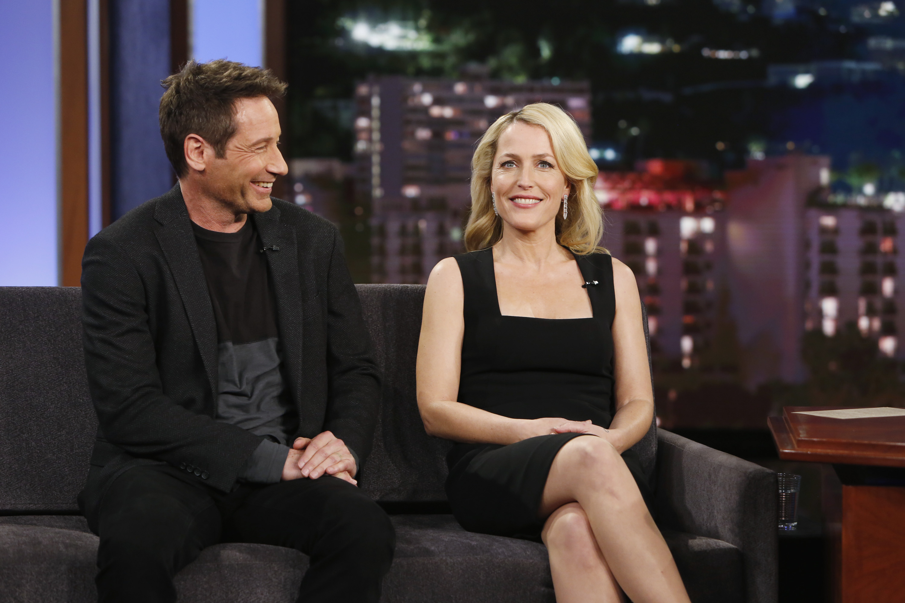 David Duchovny and Gillian Anderson are seen on <i>Jimmy Kimmel Live!</i> on Jan. 12, 2016 in Burbank, Calif.