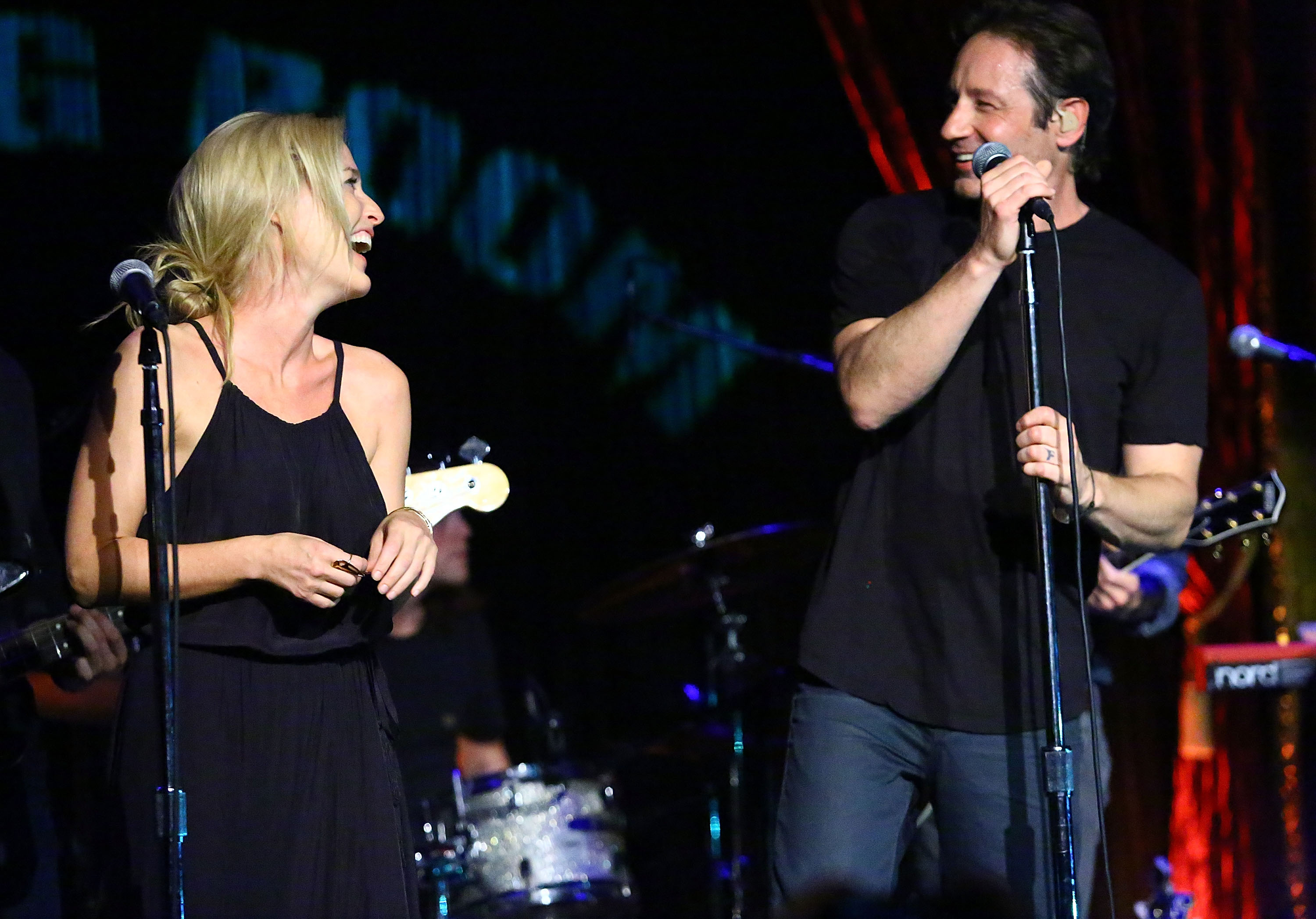 Gillian Anderson and David Duchovny perform at The Cutting Room in New York City on May 12, 2015.