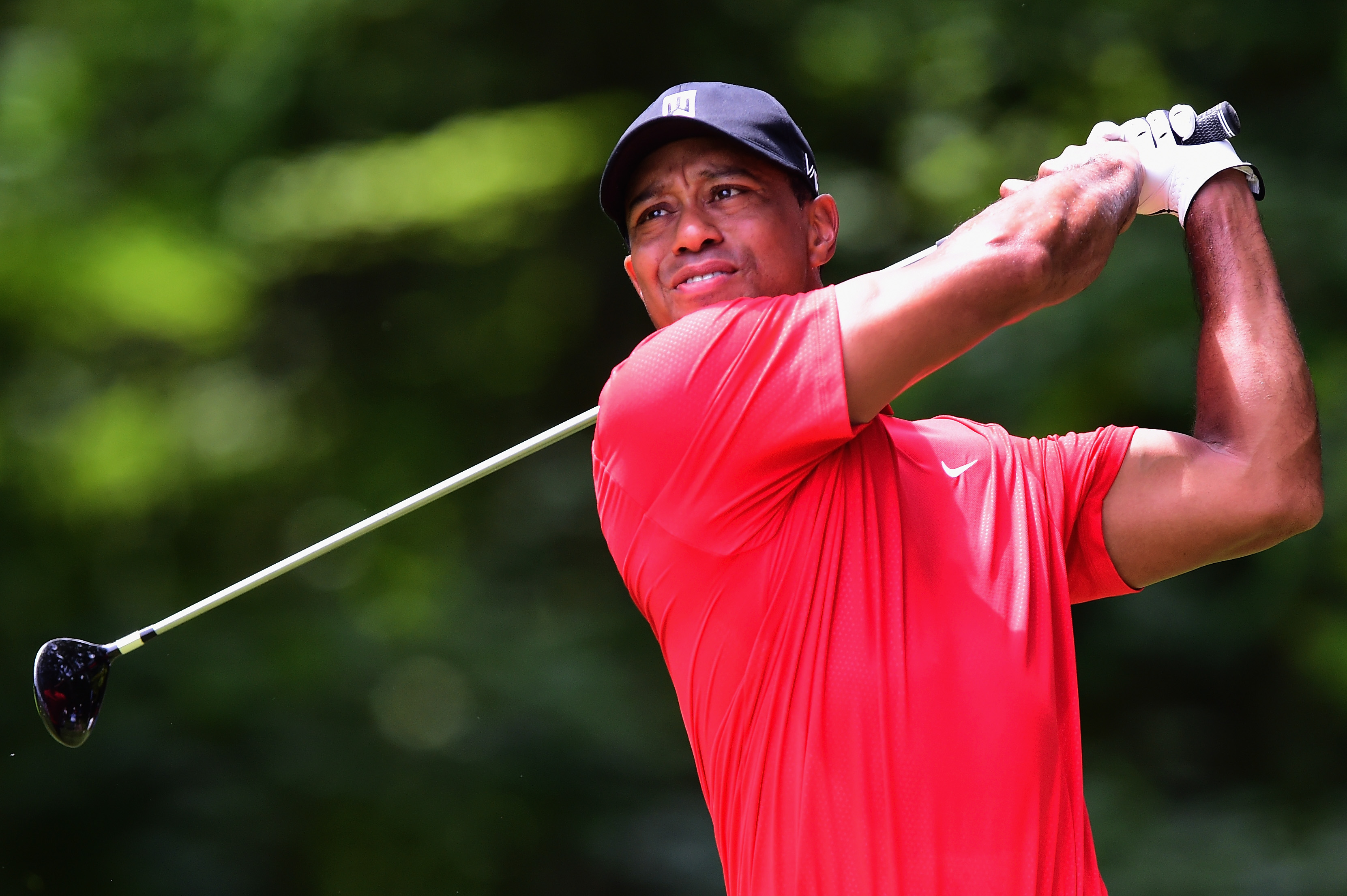 Tiger Woods tees off on the second hole during the final round of the Wyndham Championship at Sedgefield Country Club on August 23, 2015 in Greensboro, North Carolina.