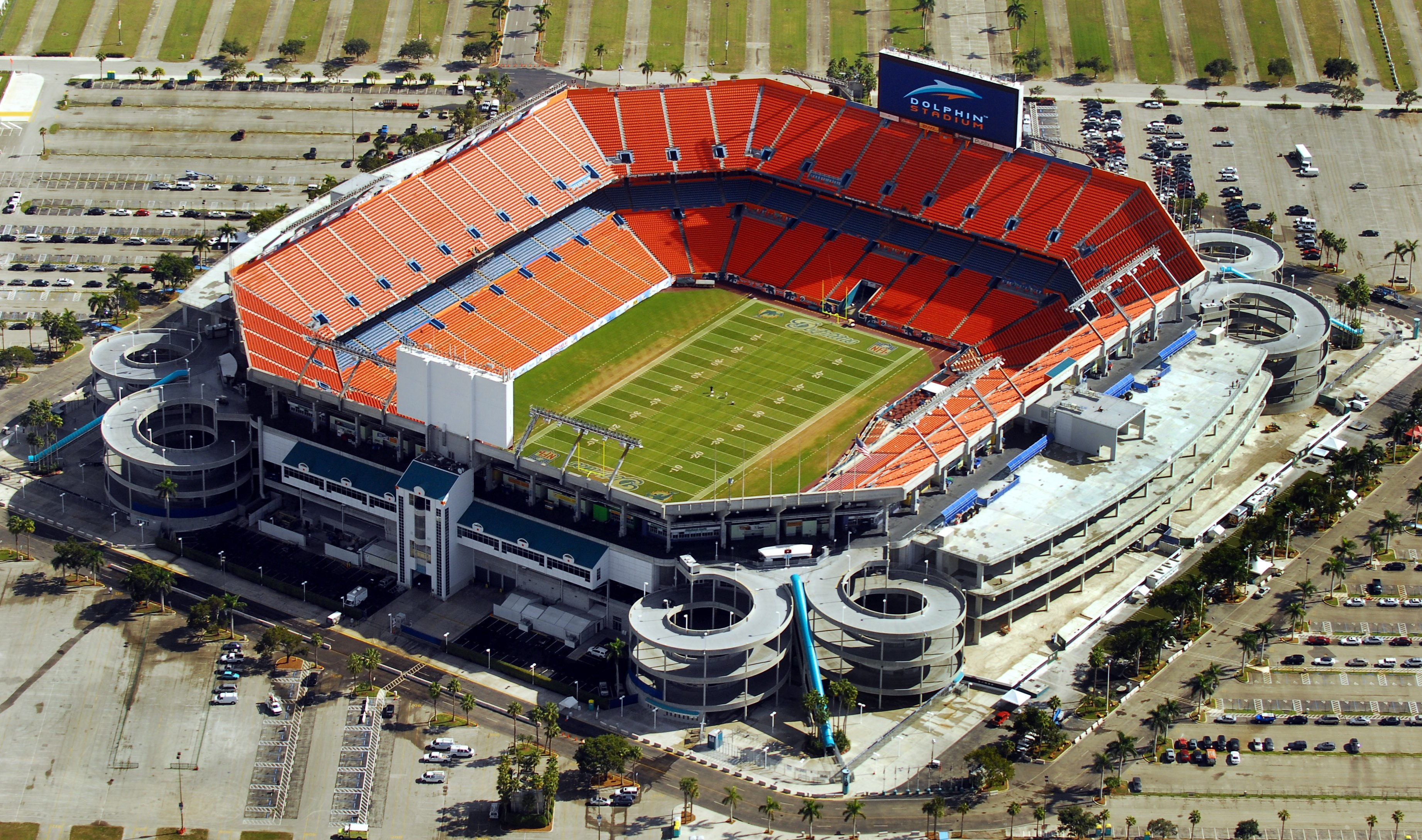 Home of the Miami Dolphins, this stadium has been known by many names since it opened in 1987, including Joe Robbie Stadium, Pro Player Park, Pro Player Stadium, Landshark Stadium and Dolphins Stadium. It has hosted almost an equal number of Super Bowls, with its fifth, Super Bowl XLIV, scheduled for February 2010.