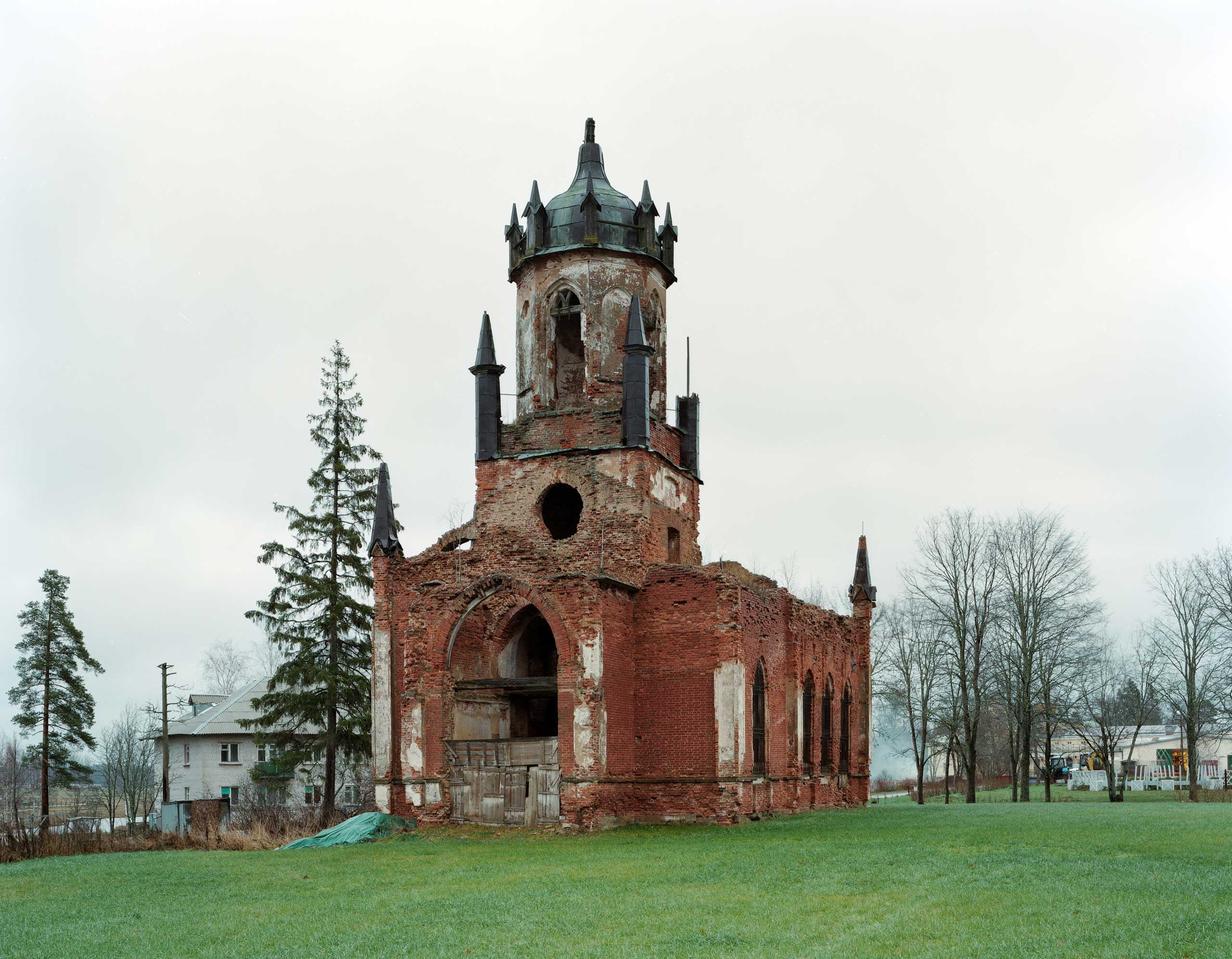 Church ruins. The series reflects on the role and place of the ruined church in contemporary Russian landscape, and on how it relates to the perception of time and history in present-day Russia.