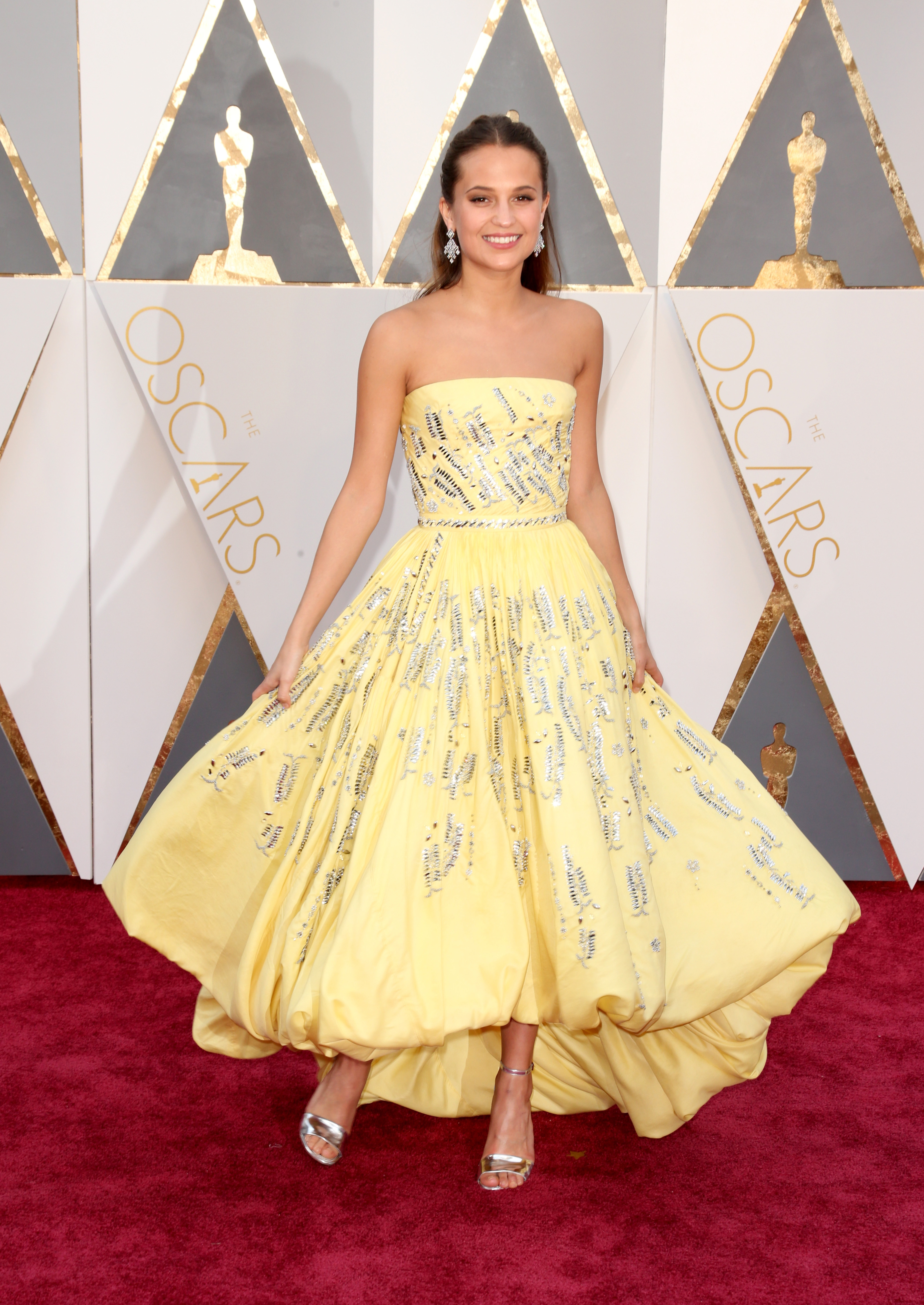 Alicia Vikander attends the 88th Annual Academy Awards on Feb. 28, 2016 in Hollywood, Calif.