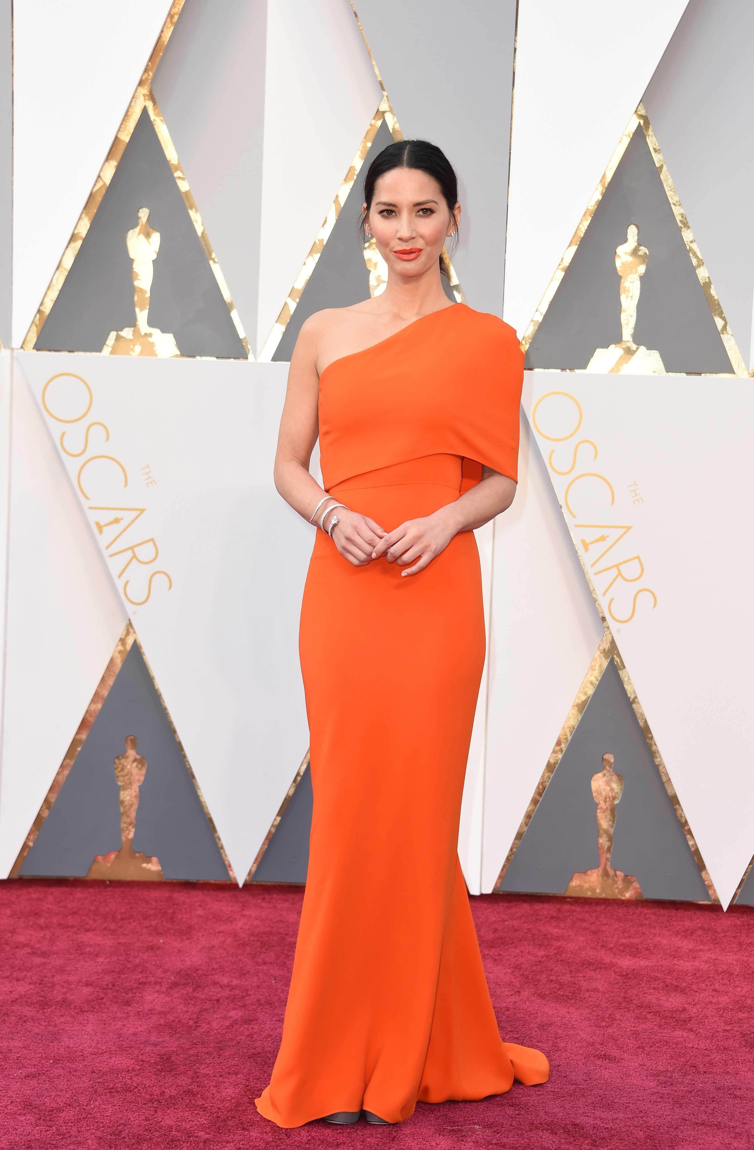 Olivia Munn attends the 88th Annual Academy Awards on Feb. 28, 2016 in Hollywood, Calif.