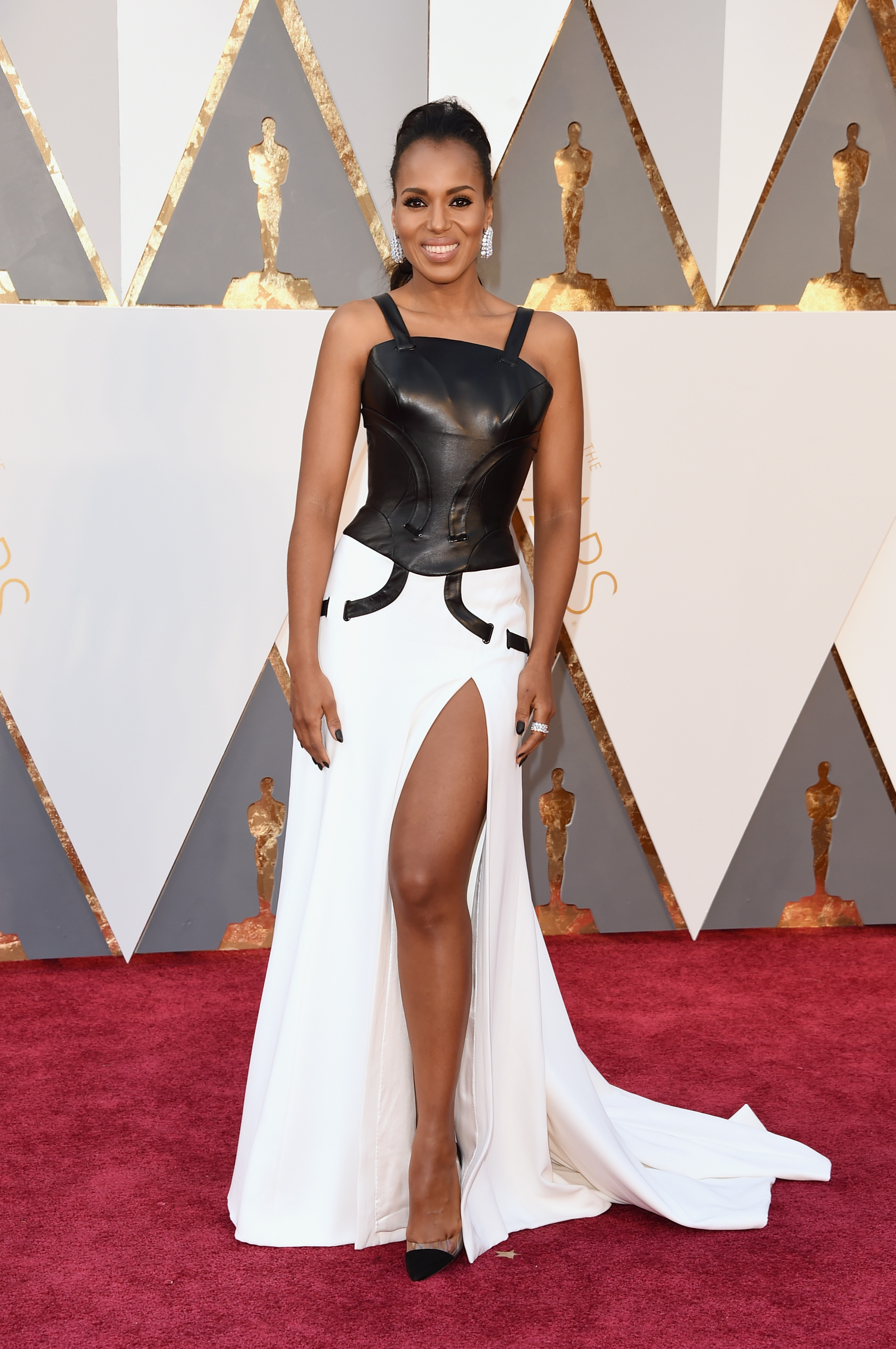 Kerry Washington attends the 88th Annual Academy Awards on Feb. 28, 2016 in Hollywood, Calif.