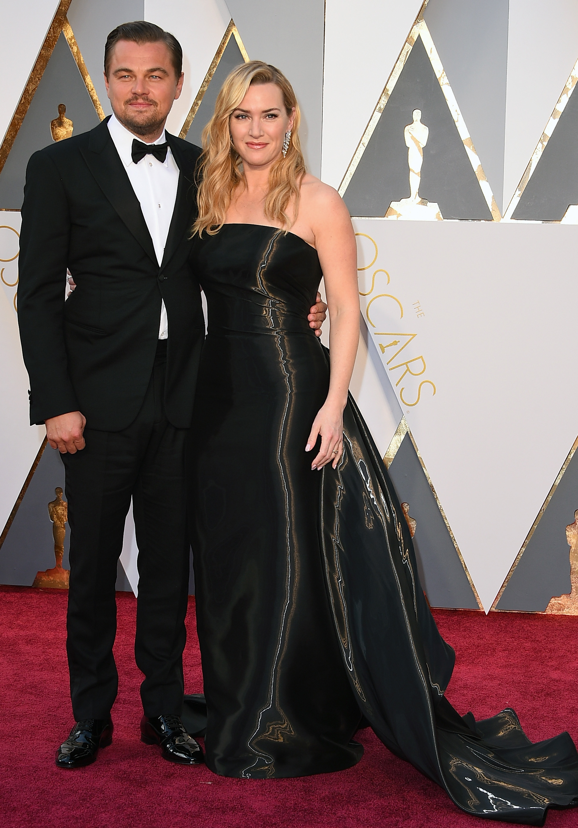 Leonardo DiCaprio and Kate Winslet attend the 88th Annual Academy Awards on Feb. 28, 2016 in Hollywood, Calif.