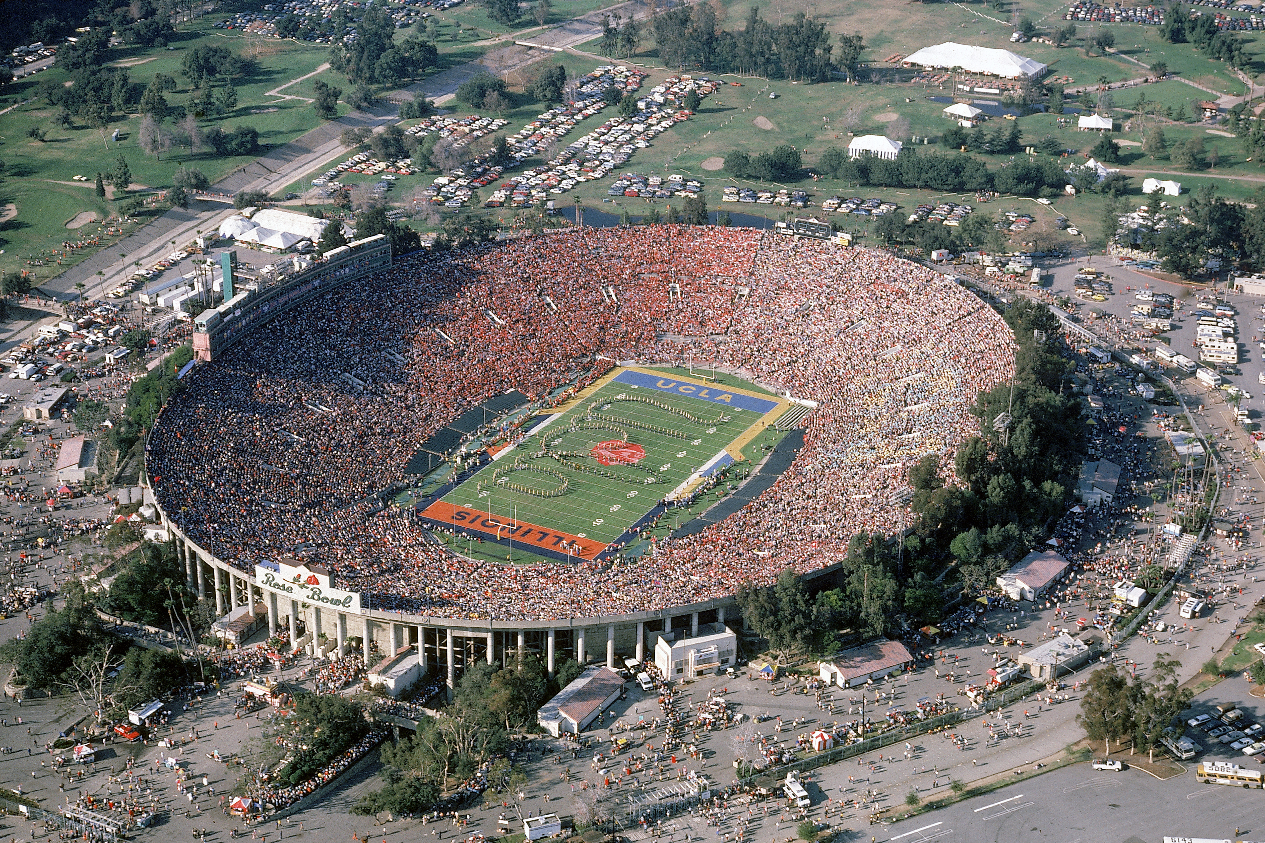 Completed in 1922, the Rose Bowl is best known as the site of the annual Rose Bowl football game, held on New Year's Day. It has also been the home of the UCLA Bruins since 1982.
