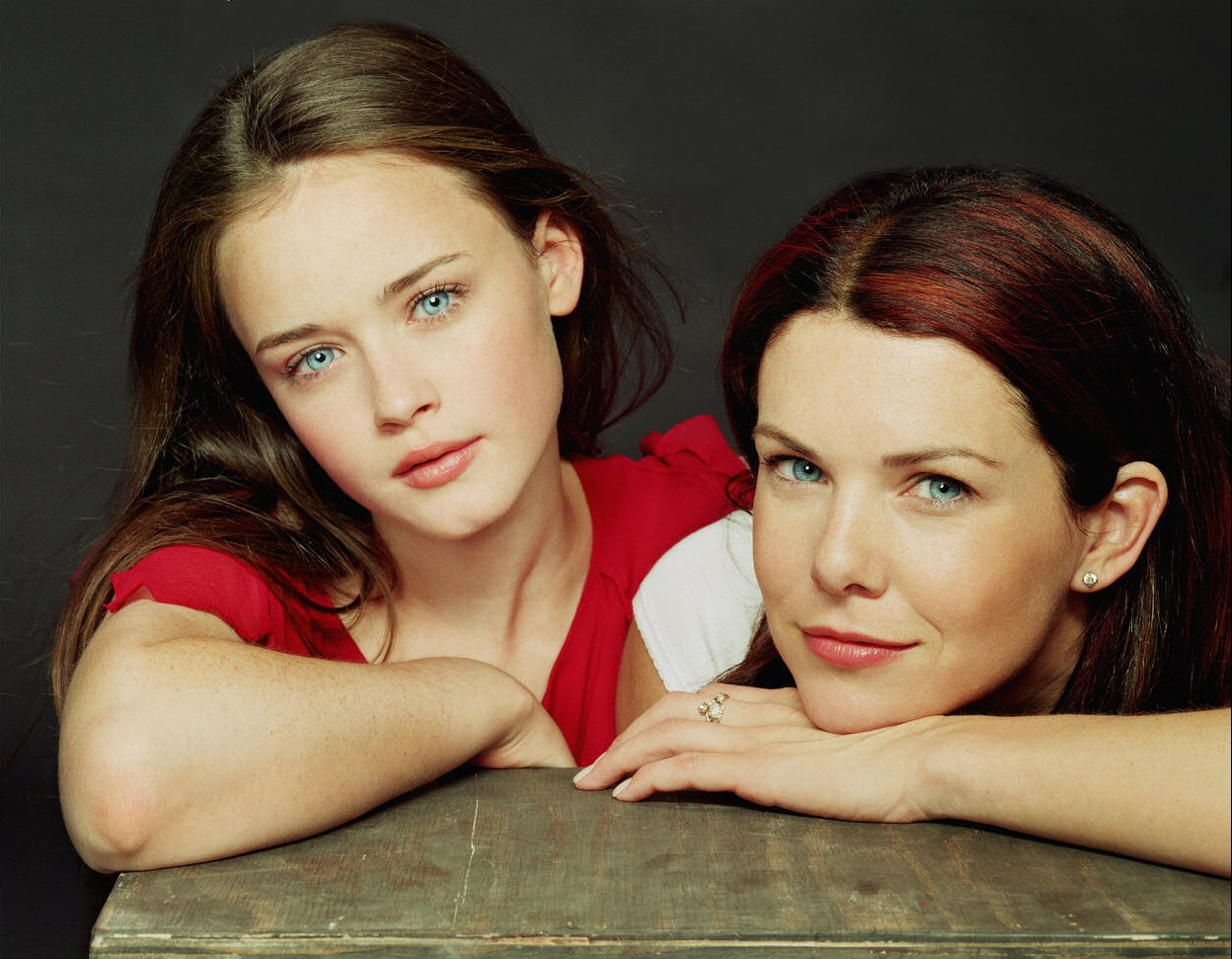 Alexis Bledel as Rory Gilmore and Lauren Graham as Lorelai Gilmore in 'Gilmore Girls.'