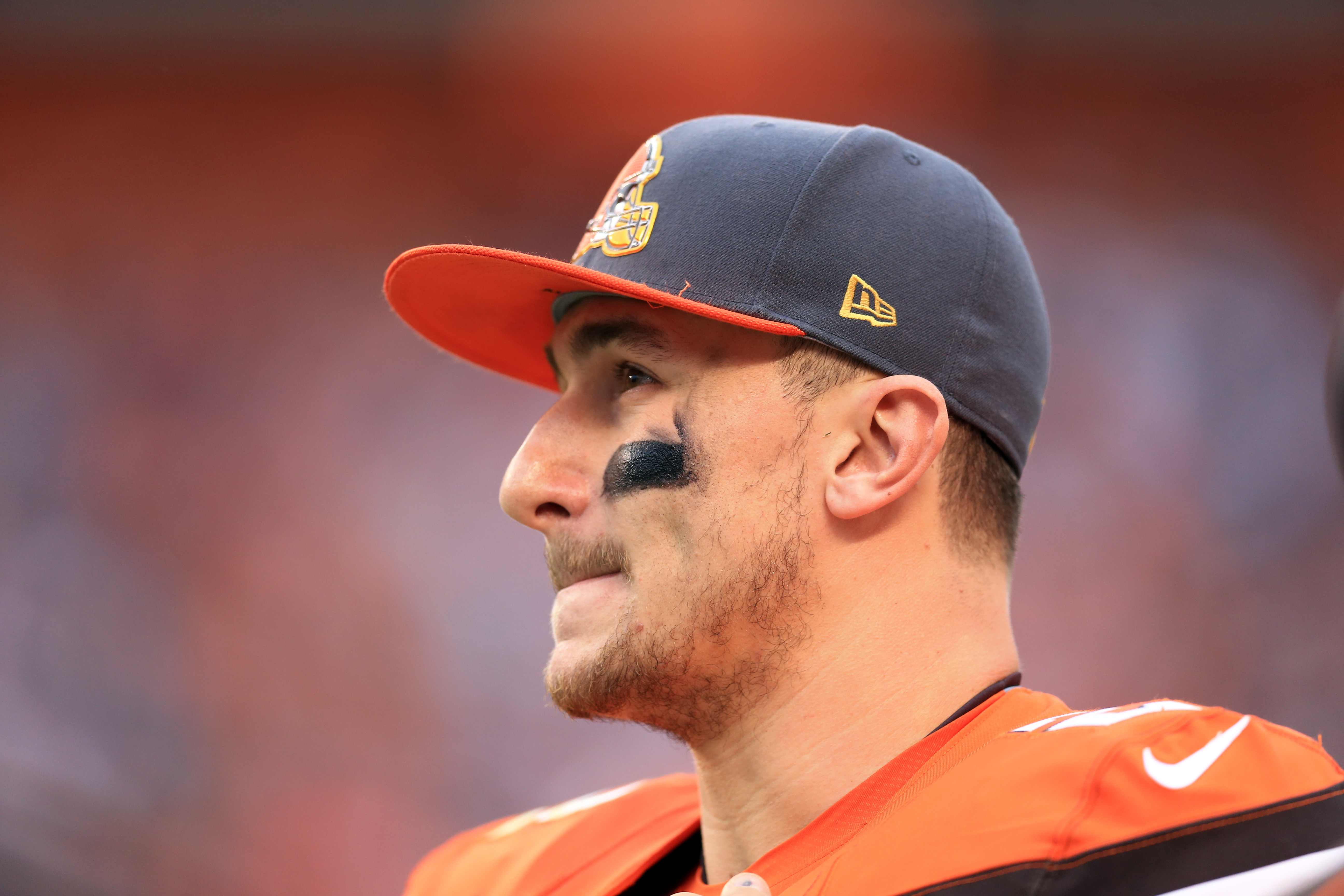 Quarterback Johnny Manziel #2 of the Cleveland Browns on the sidelines during the fourth quarter against the San Francisco 49ers at FirstEnergy Stadium on December 13, 2015 in Cleveland, Ohio.