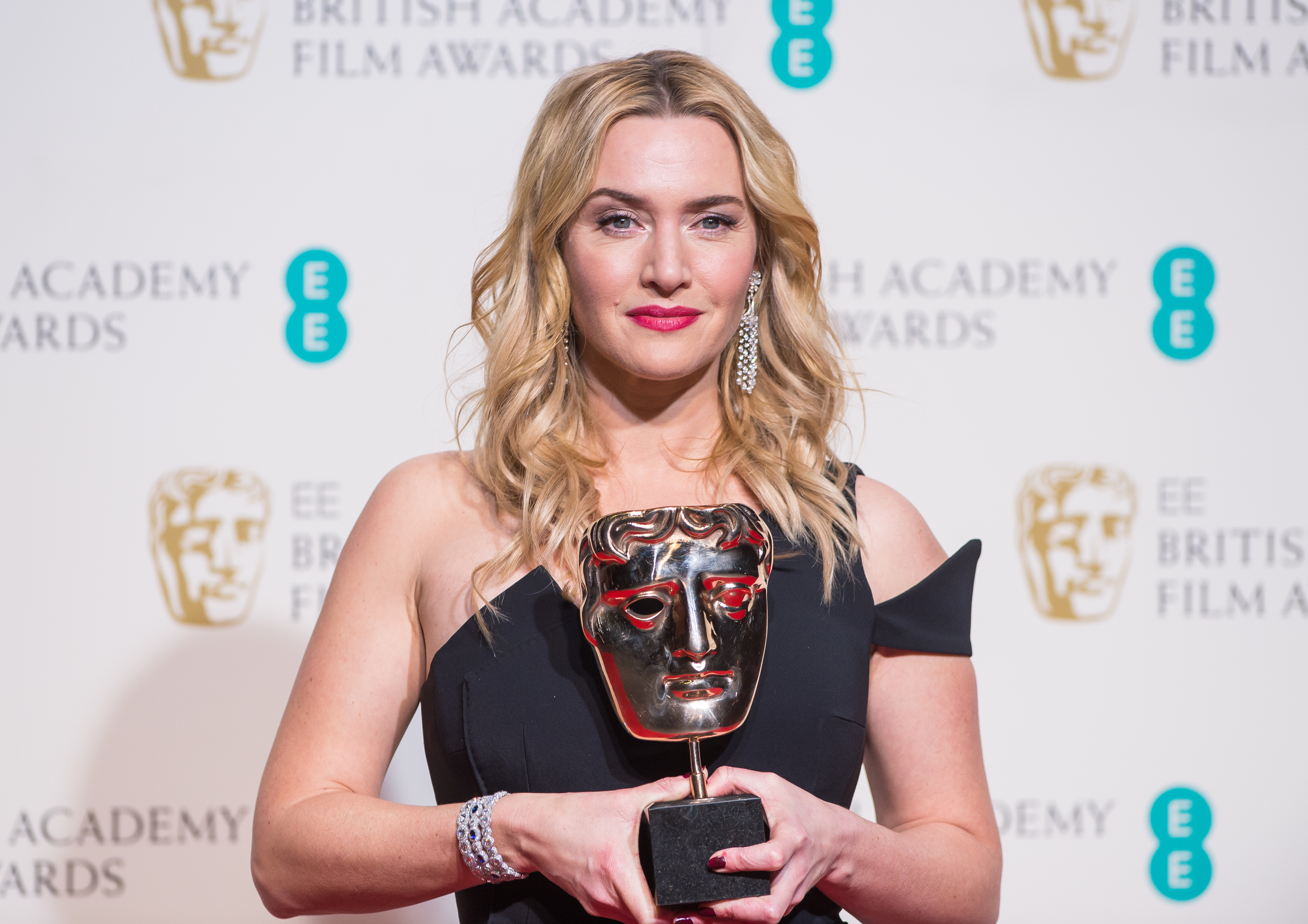 Kate Winslet poses in the winners room at the EE British Academy Film Awards at The Royal Opera House on Feb. 14, 2016 in London.