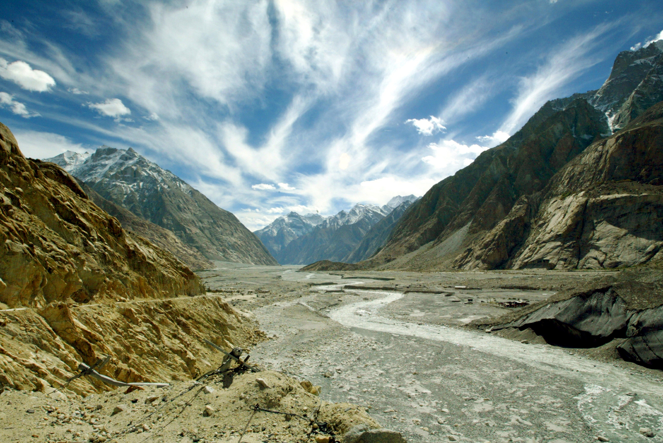 The Siachen Glacier, north of Indian state of Jammu and Kashmir. Since 1984, India and Pakistan have been fighting for control of the Siachen Glacier and the surrounding tangle of mountains