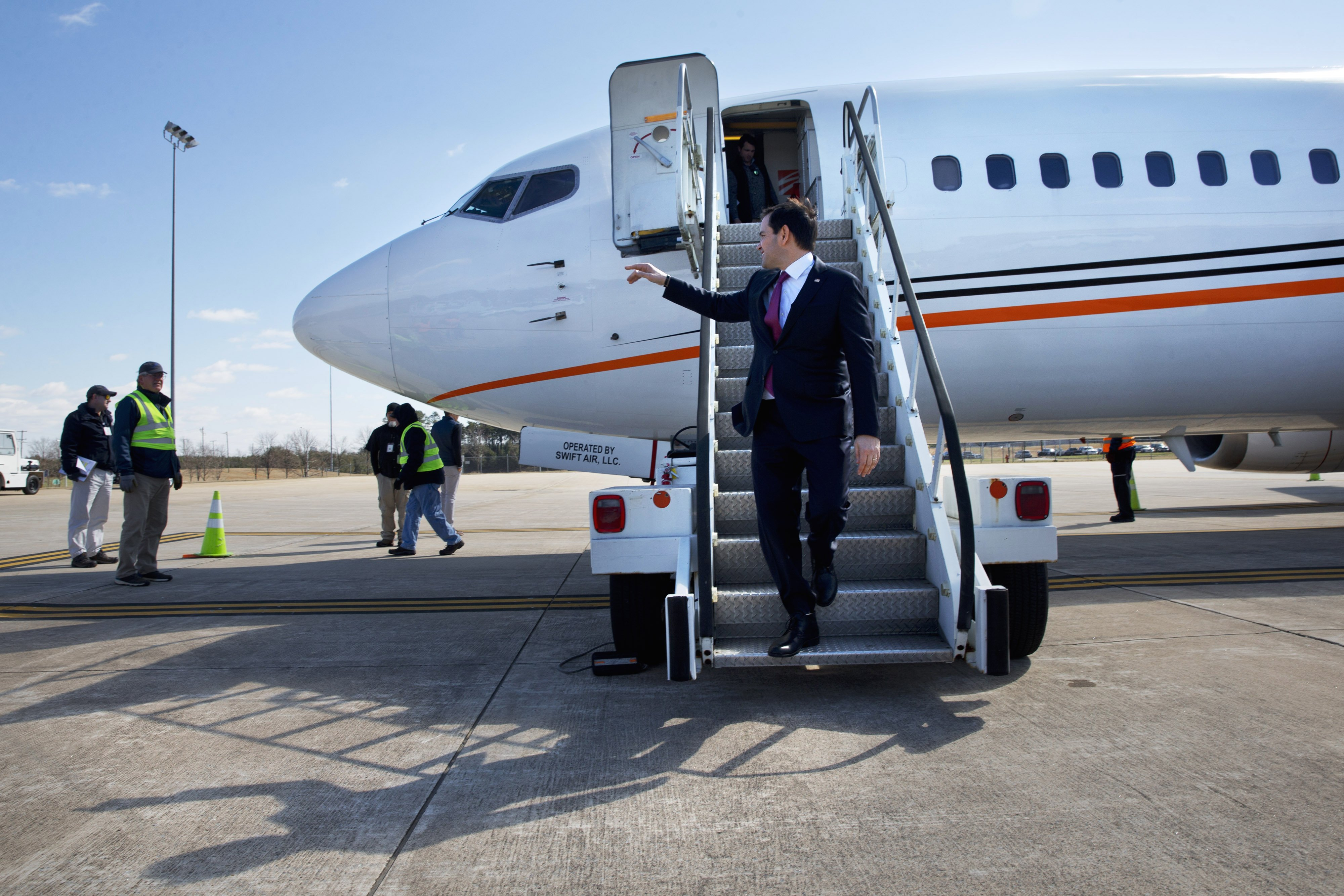 Marco Rubio arrives in Greer, en route to a campaign event in Spartanburg, SC on Feb. 10, 2016.