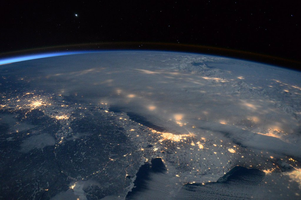 """Day 302. #Blizzard2016 gave us an impressive view below. Stay warm! #GoodNight from @space_station! #YearInSpace""<a href=""https://twitter.com/StationCDRKelly/status/691056034727612418"" target=""_blank"">—via Twitter</a> on Jan. 23, 2016."