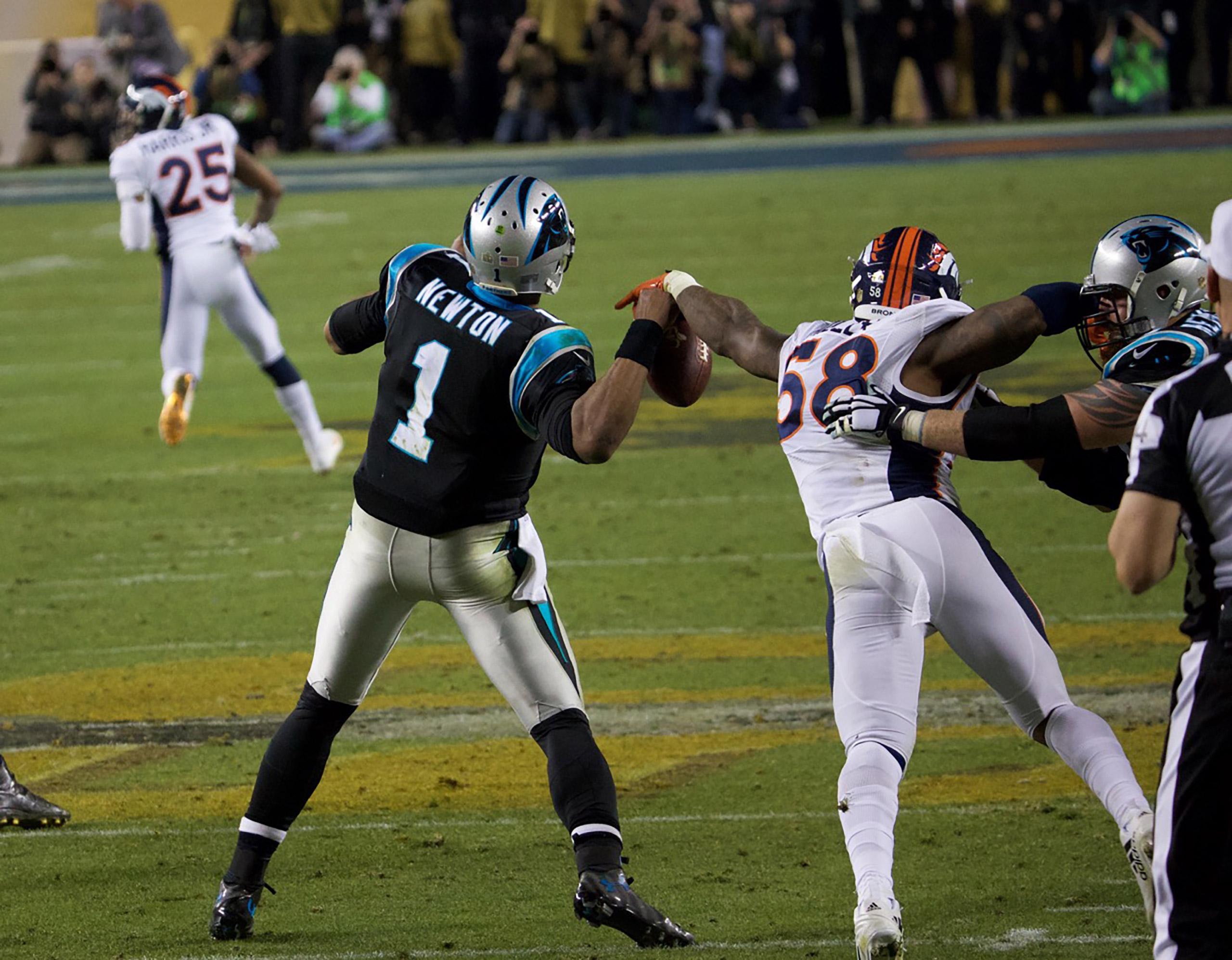 Super Bowl L Feb. 7, 2016                               Denver Broncos vs Carolina Panthers in Santa Clara, Calif.