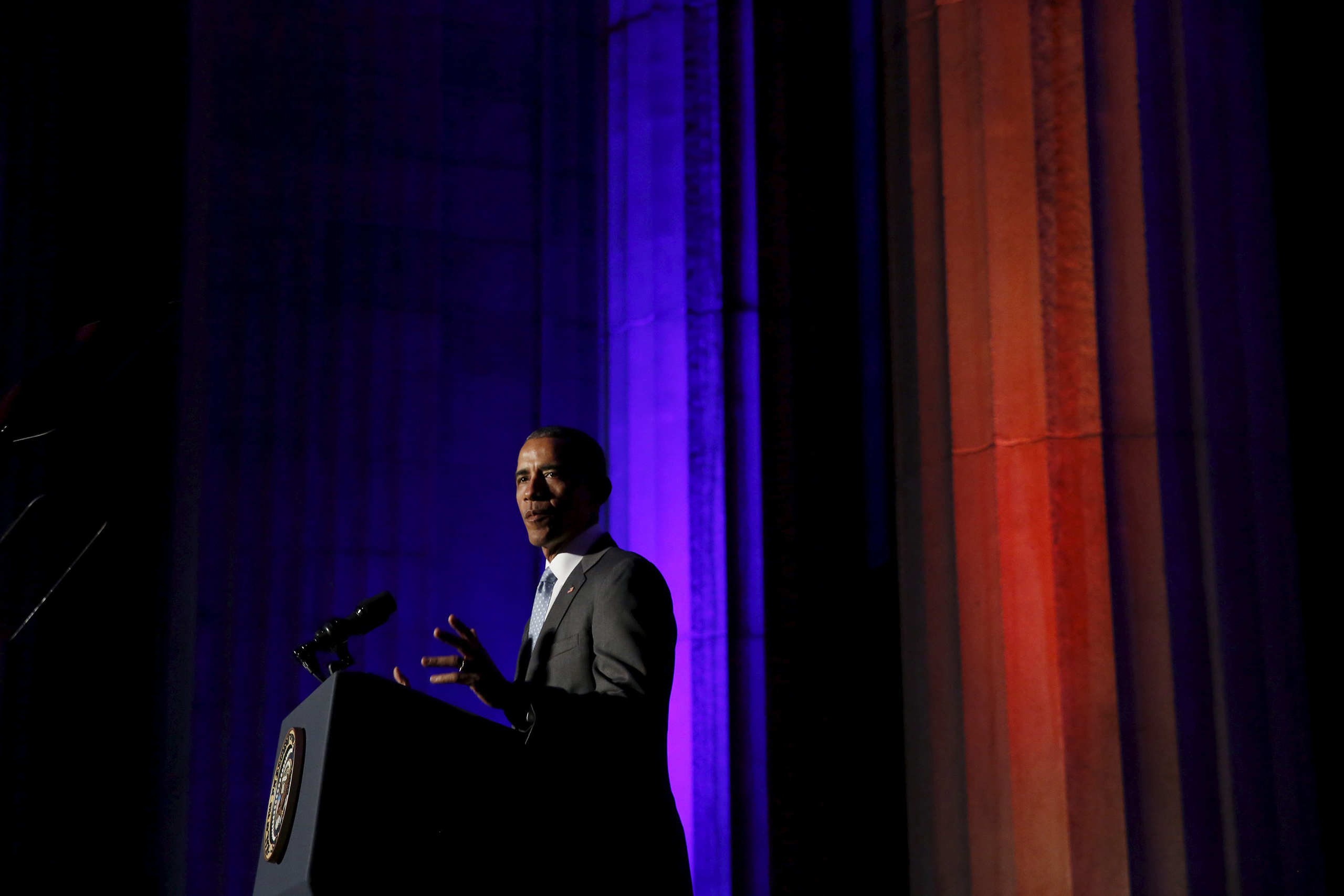 President Barack Obama delivers the keynote address at the awards dinner for Syracuse University's Toner Prize for Excellence in Political Reporting at the Andrew W. Mellon Auditorium in Washington on March 28, 2016.