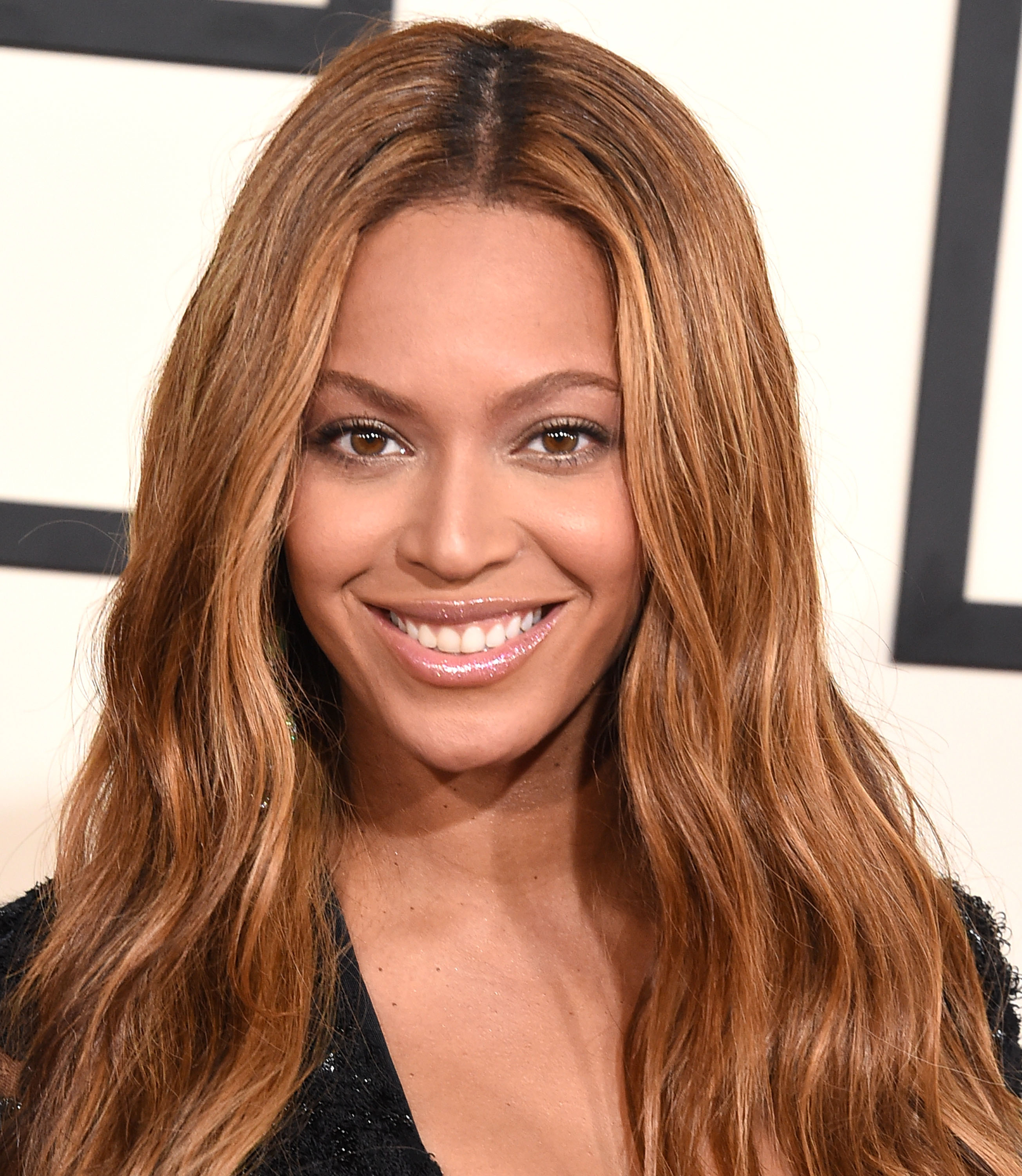 Beyonce arrives at the The 57th Annual GRAMMY Awards on February 8, 2015 in Los Angeles, California.