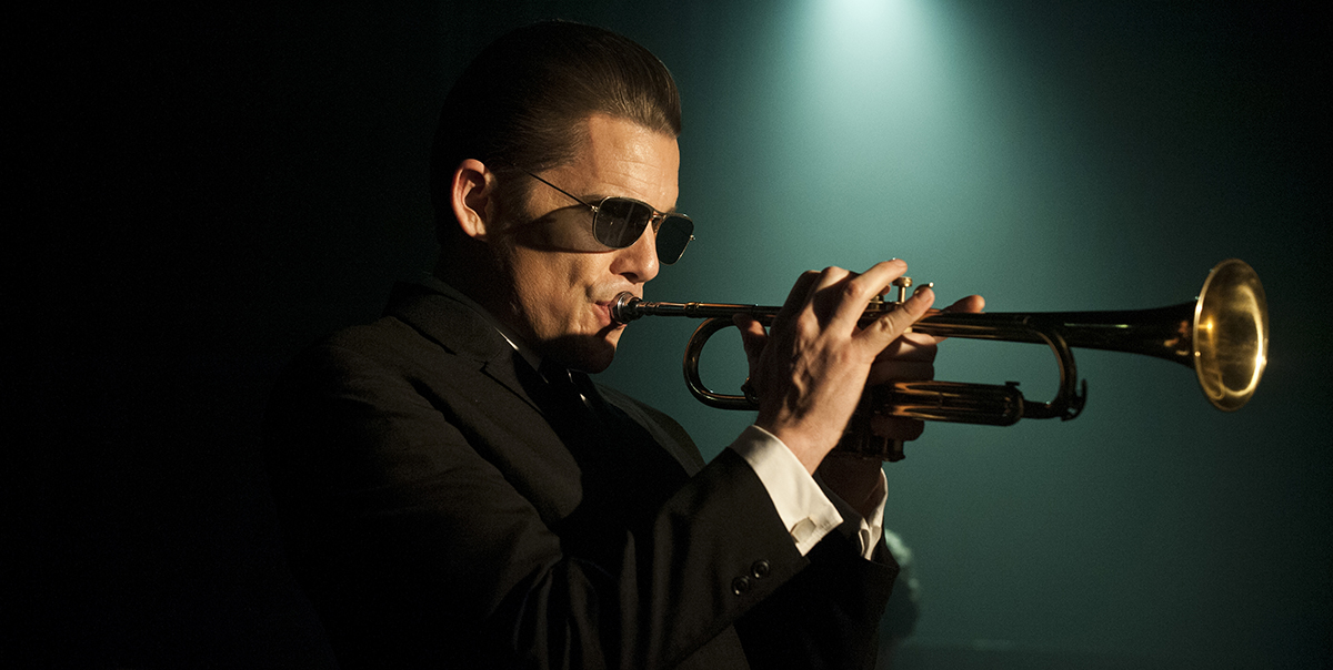 Ethan Hawke in Born to Be Blue.