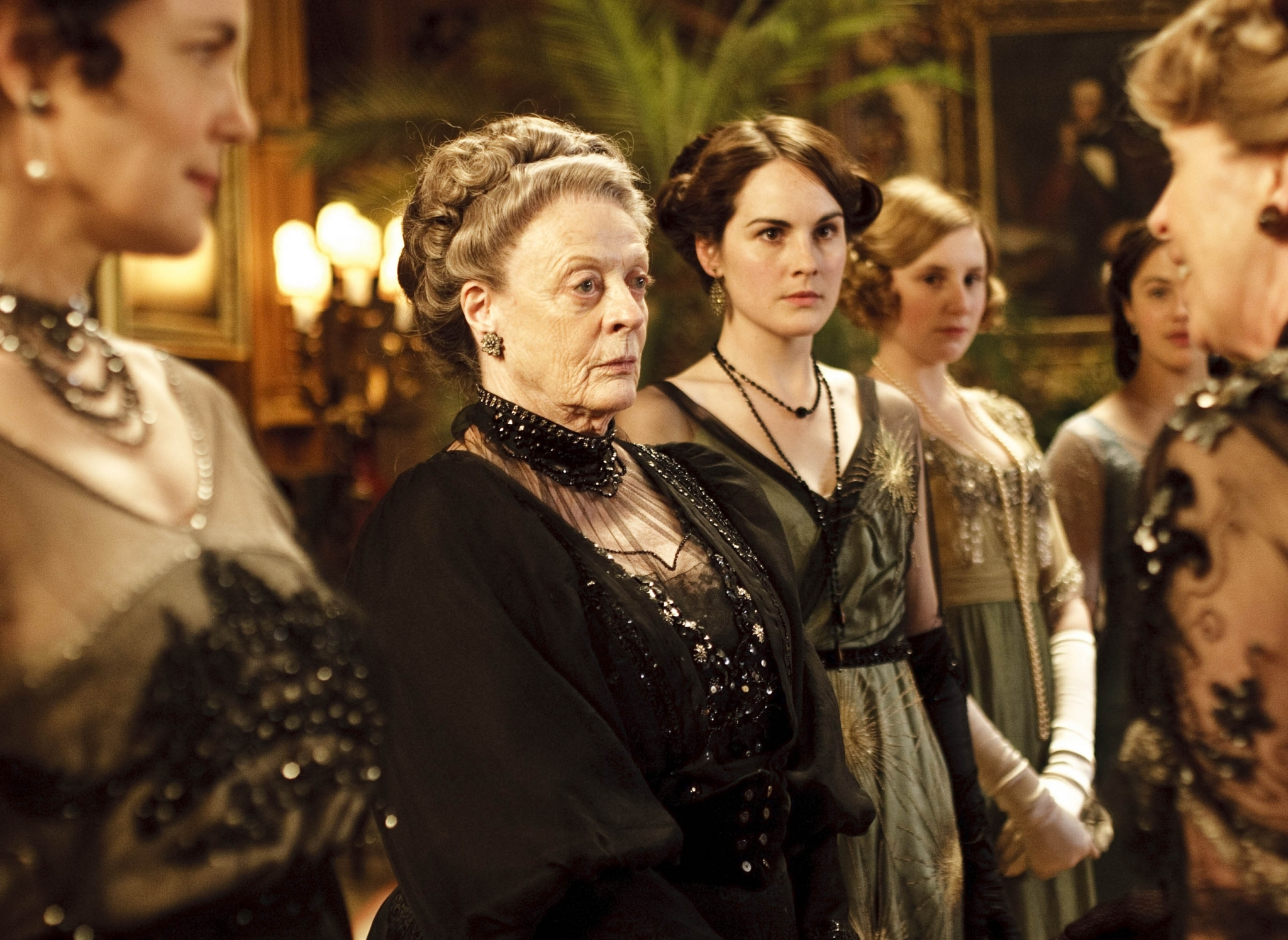 Maggie Smith, Elizabeth McGovern, Penelope Wilton, Michelle Dockery, Jessica Brown Findlay Laura Carmichael in a scene from 'Downton Abbey.'