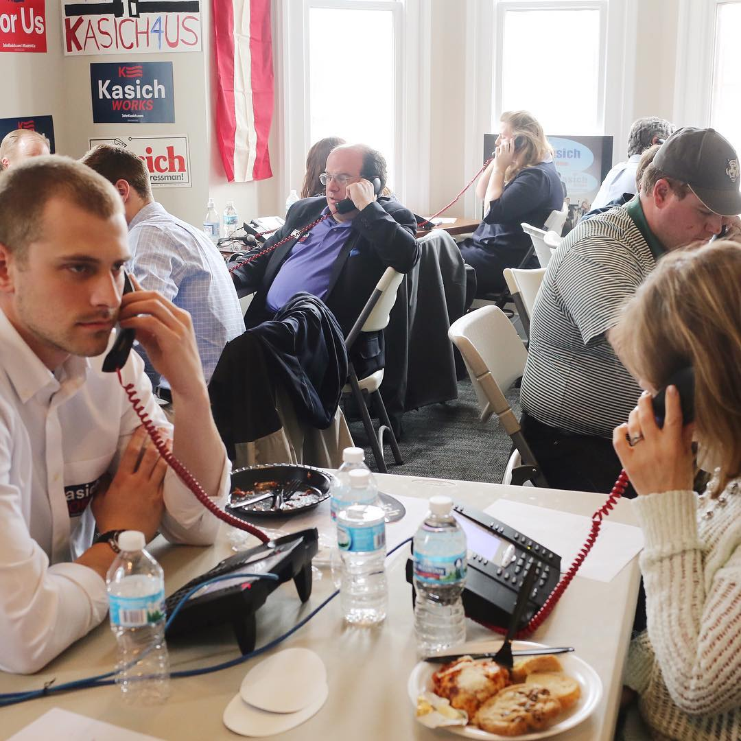 The room is packed with volunteers at the John Kasich Campaign Office phonebanking in Columbus, Ohio on March 15.