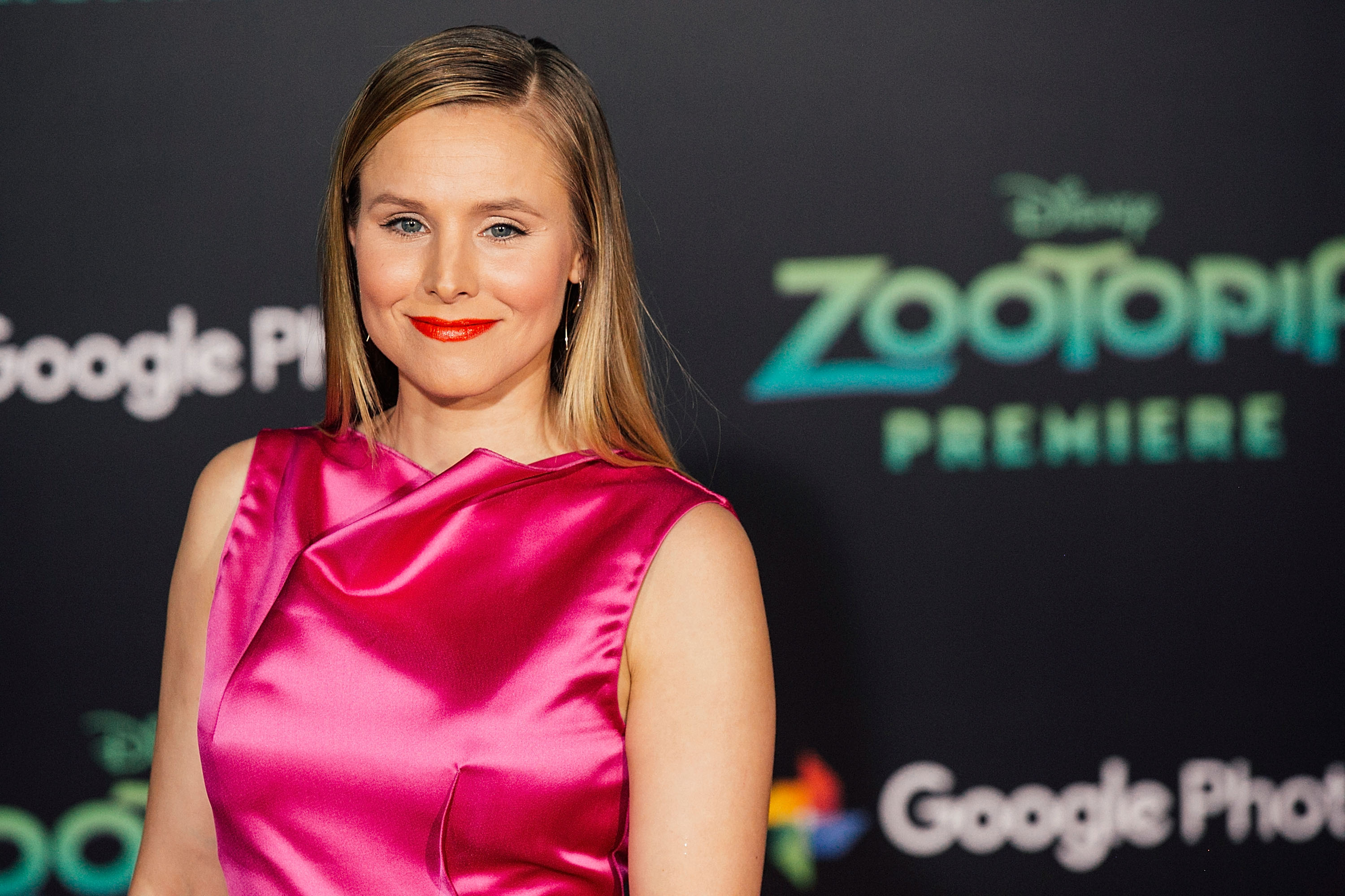 Kristen Bell arrives for the premiere of Walt Disney Animation Studios'  Zootopia  at the El Capitan Theatre on February 17, 2016 in Hollywood, California.