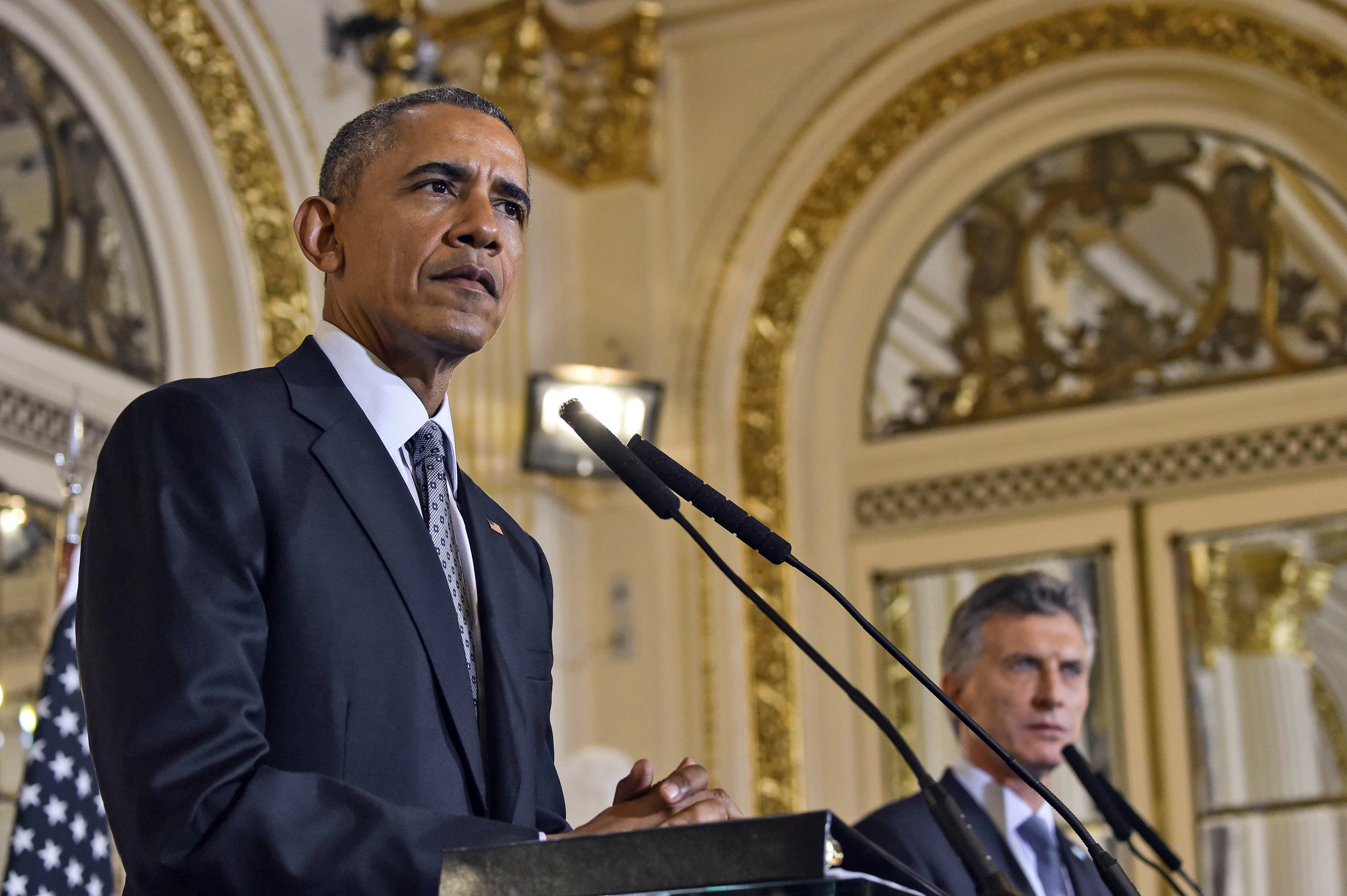 Presiden Obama and Argentinian President Mauricio Macri deliver a joint press conference in Buenos Aires, on March 23, 2016.
