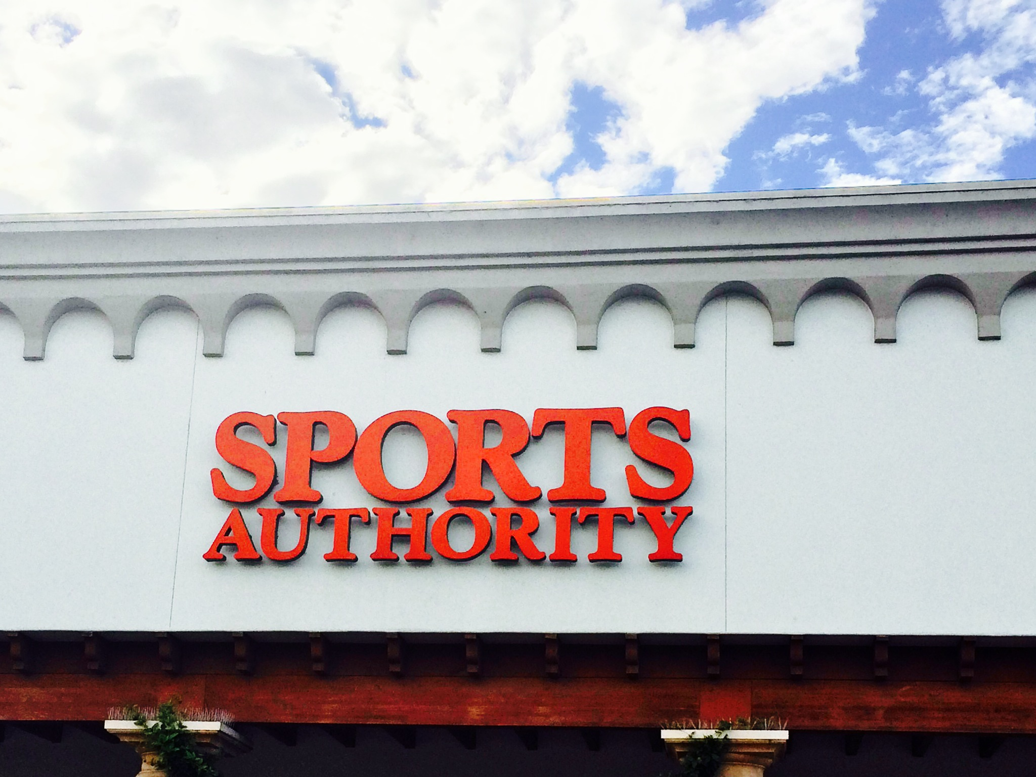 Sports Authority storefront sign