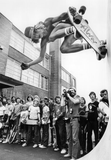 Tony Alva skates in Toronto, Canada on Sept. 17, 1977.